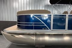 Blue Exterior Color of a 2020 Sylvan Mirage 8520 LZ Tritoon Boat