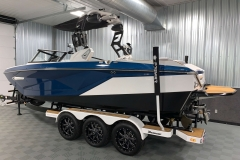 Trailer Guide Poles of the 2021 Nautique G23 Wake Boat