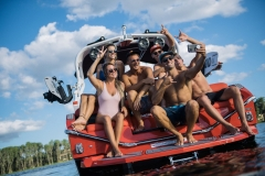 Transom Hangout on the 2021 Nautique G23 Wake Boat
