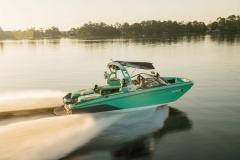 Superior Performance of the 2021 Nautique G23 Wake Boat