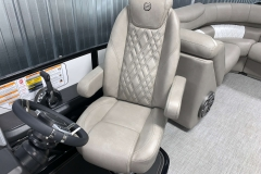 High Back Helm Chair of the 2021 Premier 250 Grand Majestic Tritoon Boat