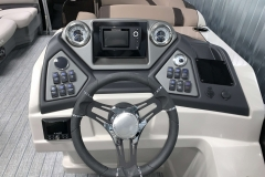 JL Audio Stereo and Humminbird Graph on the 2021 Sylvan L1 Cruise Pontoon Boat