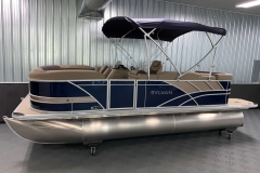 10' Bimini Top of the 2021 Sylvan L1 Cruise Pontoon Boat
