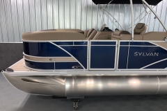 Tan Exterior Accents on the 2021 Sylvan L1 Cruise Pontoon Boat