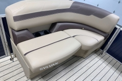 Built-In Cupholders of the 2021 Sylvan L1 Cruise Pontoon Boat