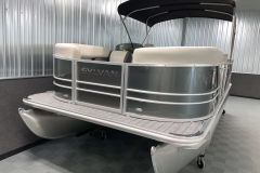 Bow Swim Deck of a 2021 Sylvan Mirage 8520 Cruise Pontoon Boat