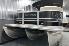 SPX Tritoon Package on the 2021 Sylvan Mirage 8520 LZ Tritoon Boat