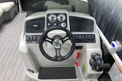 Bluetooth Jensen Stereo of the 2021 Sylvan Mirage 8520 LZ Tritoon Boat