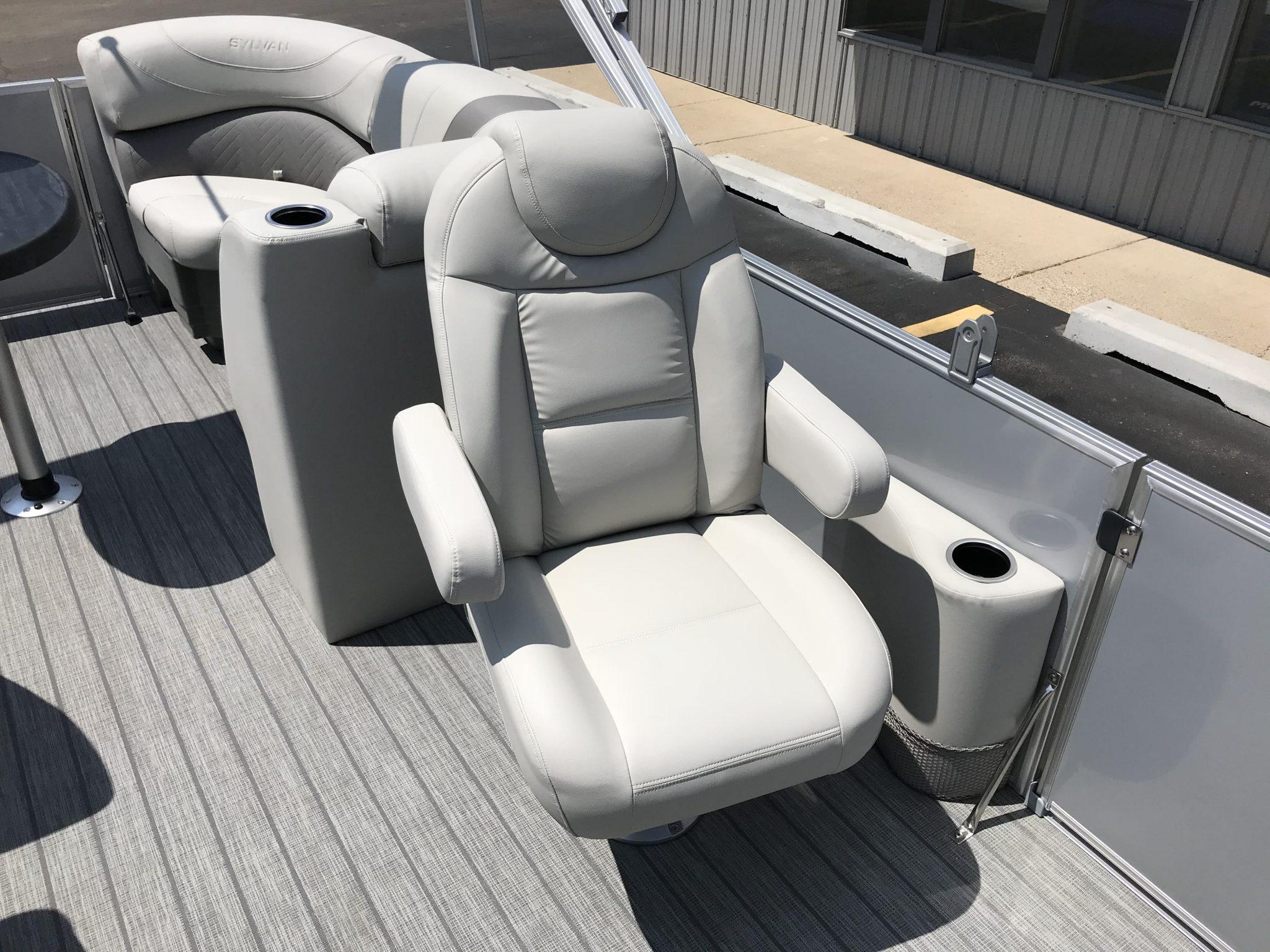 2019 Sylvan 8522 LZ LES High Back Co-Captains Chair