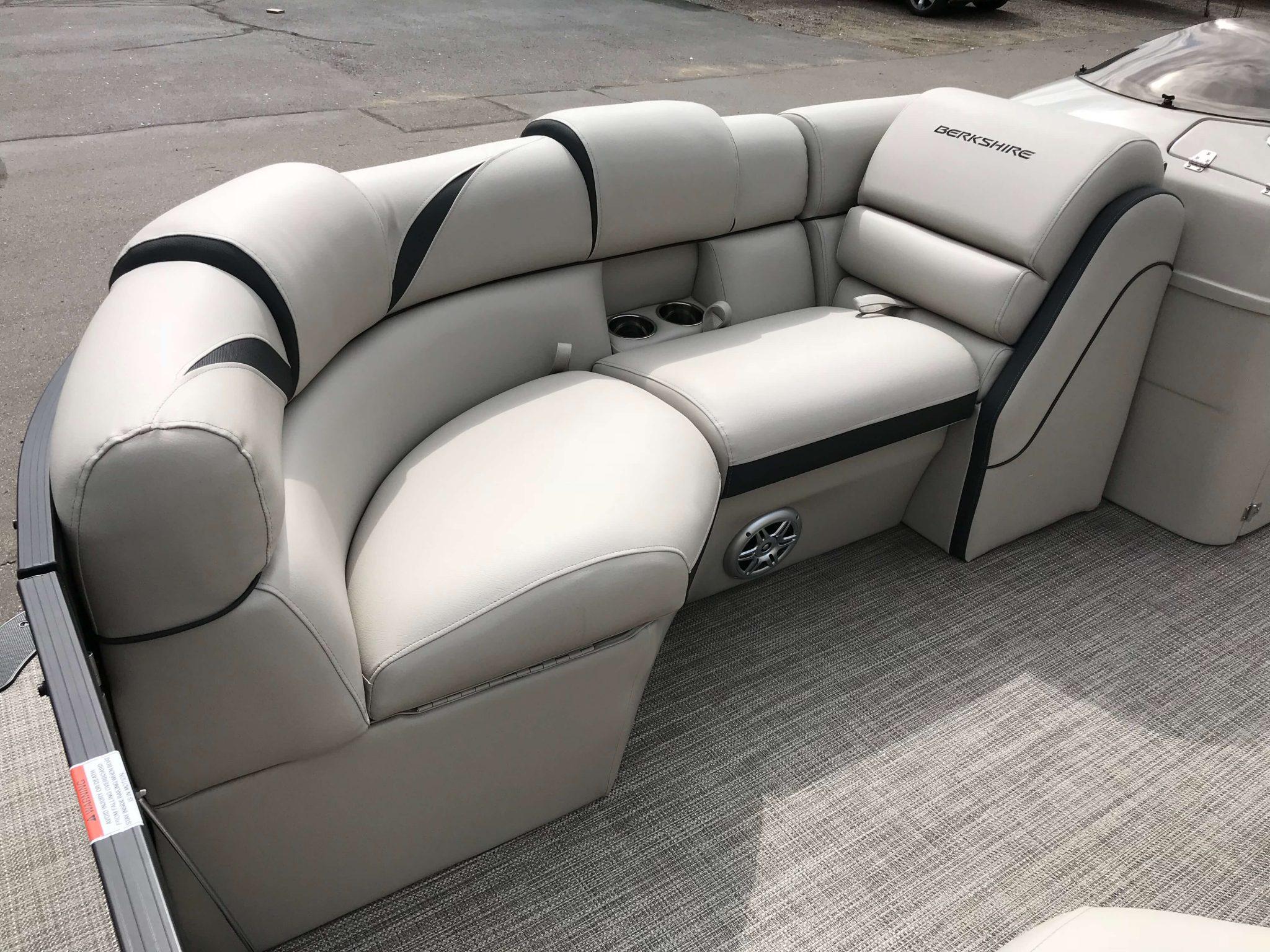 2019 Berkshire 23 SB2 STS Tritoon Interior Bow Seating 4