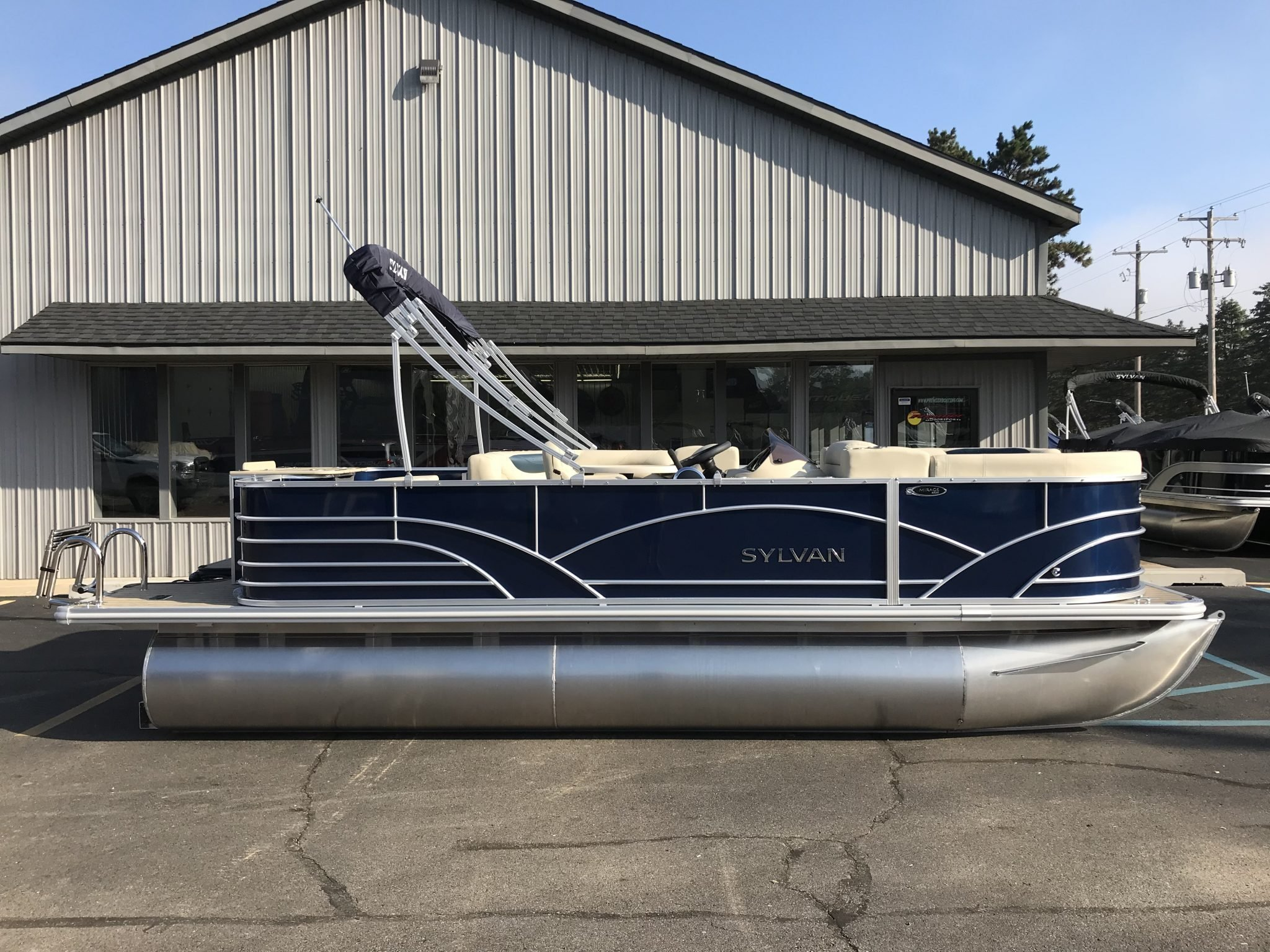 Sylvan 8520 Cruise-n-Fish Blue 3