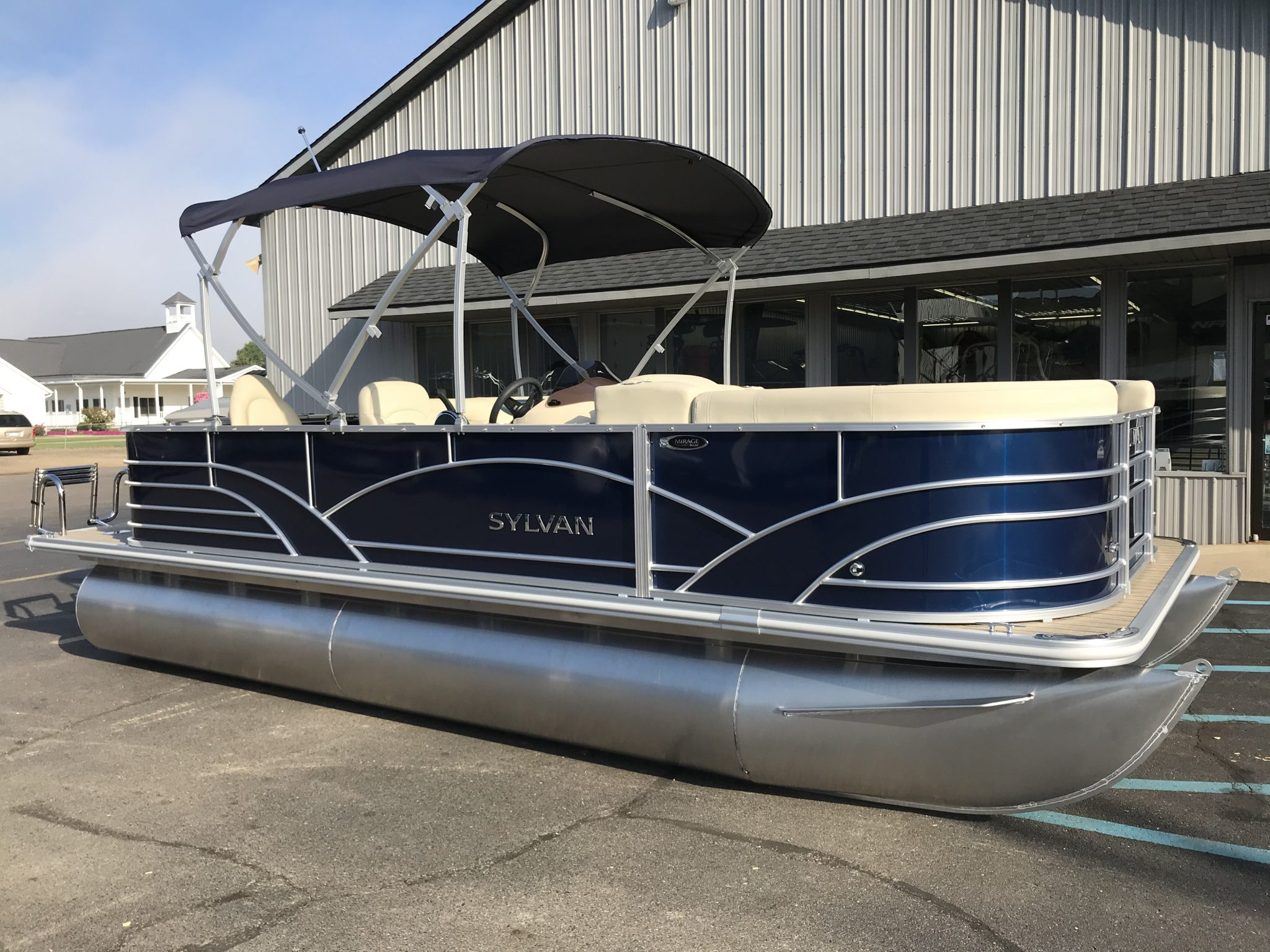 Sylvan 8520 Cruise-n-Fish 8'6