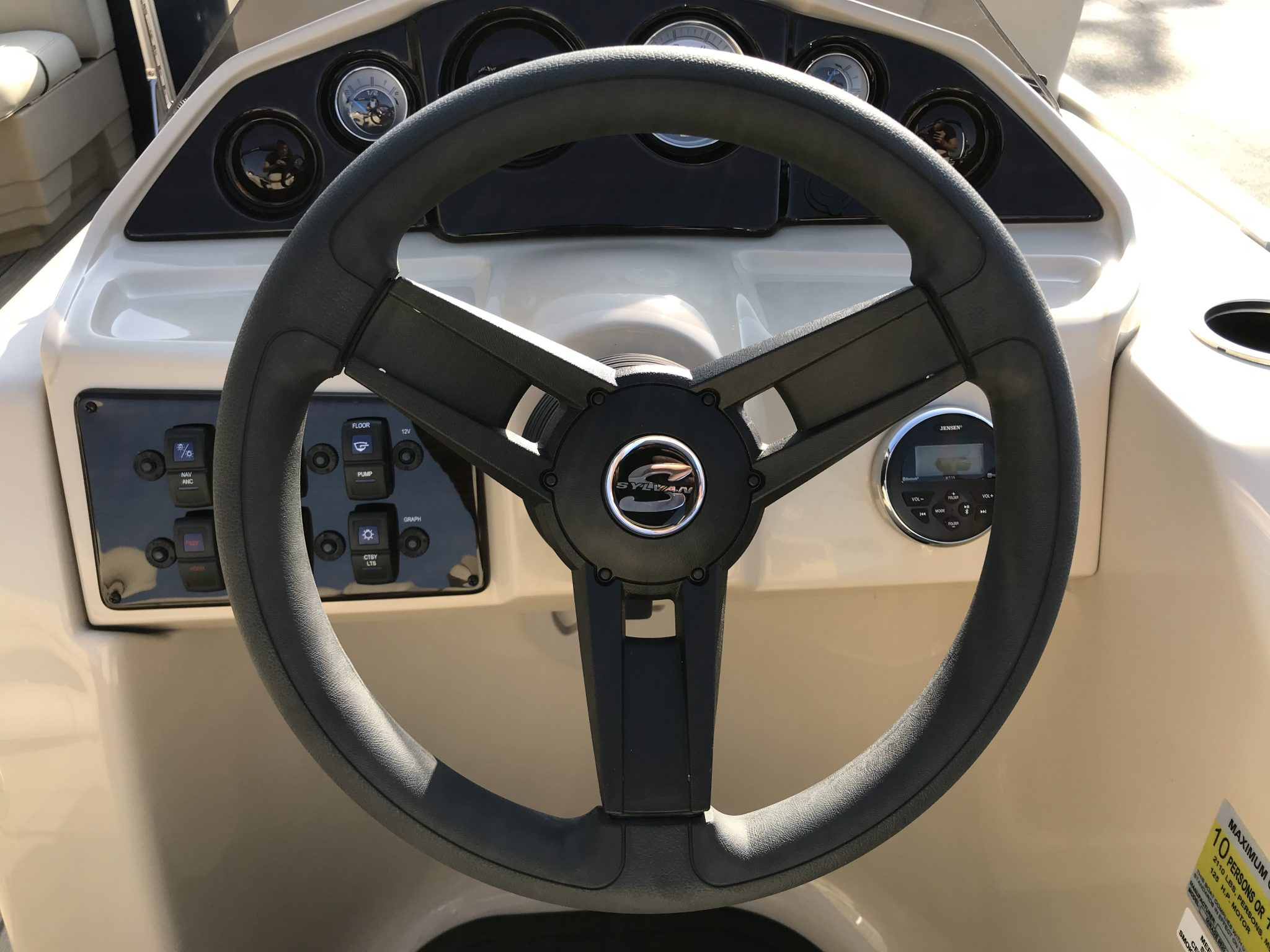 Sylvan 8520 Cruise-n-Fish Steering Wheel