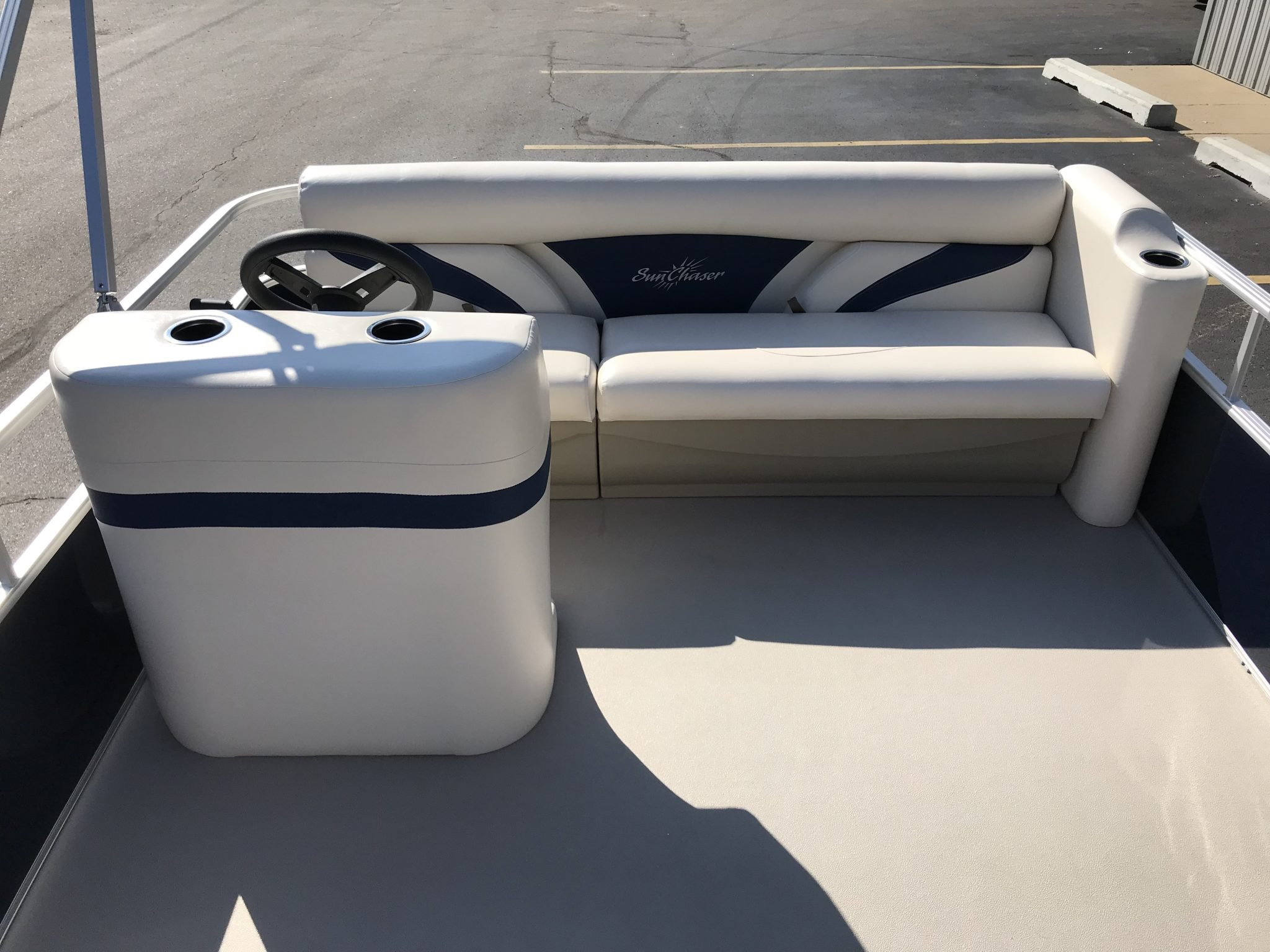 2019 SunChaser 816 Cruise Interior Cockpit Seating 1