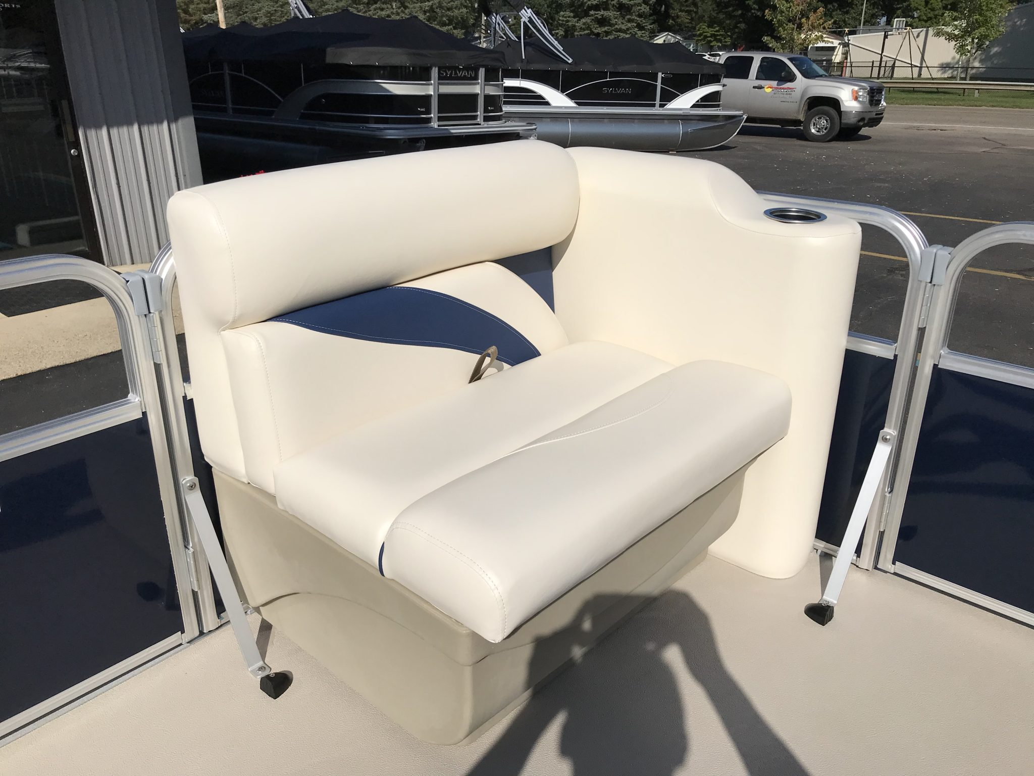 2019 SunChaser 816 Cruise Interior Bow Seating 1