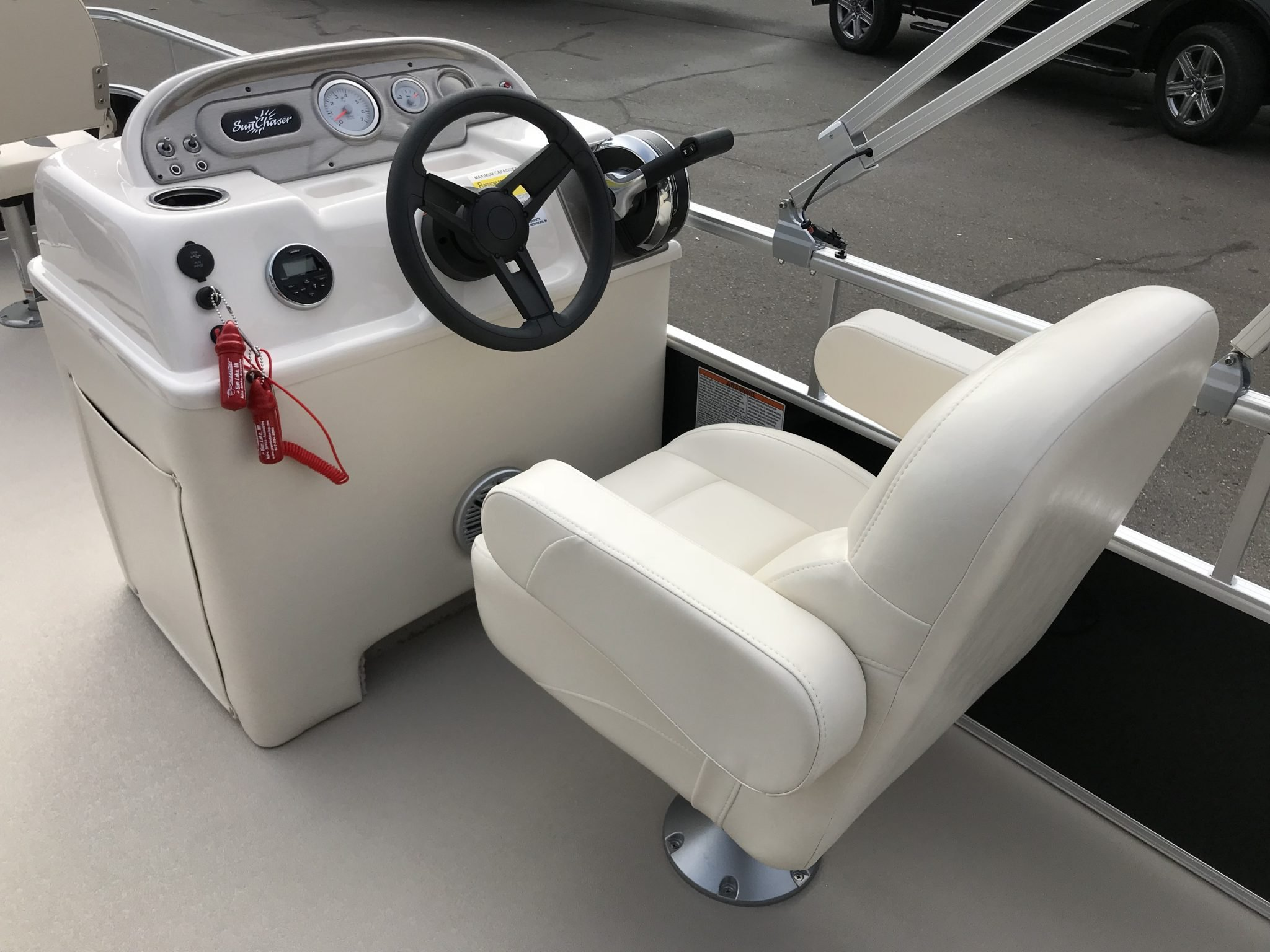 2019 SunChaser 818 4.0 Helm And Captains Chair