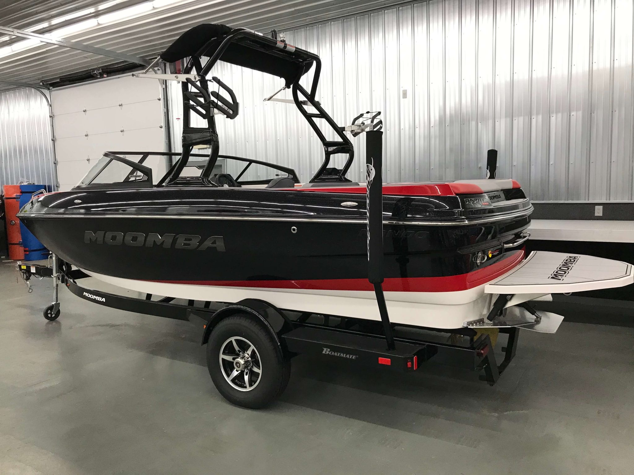 2019 Moomba Mondo Eclipse Black Metal Flake 5