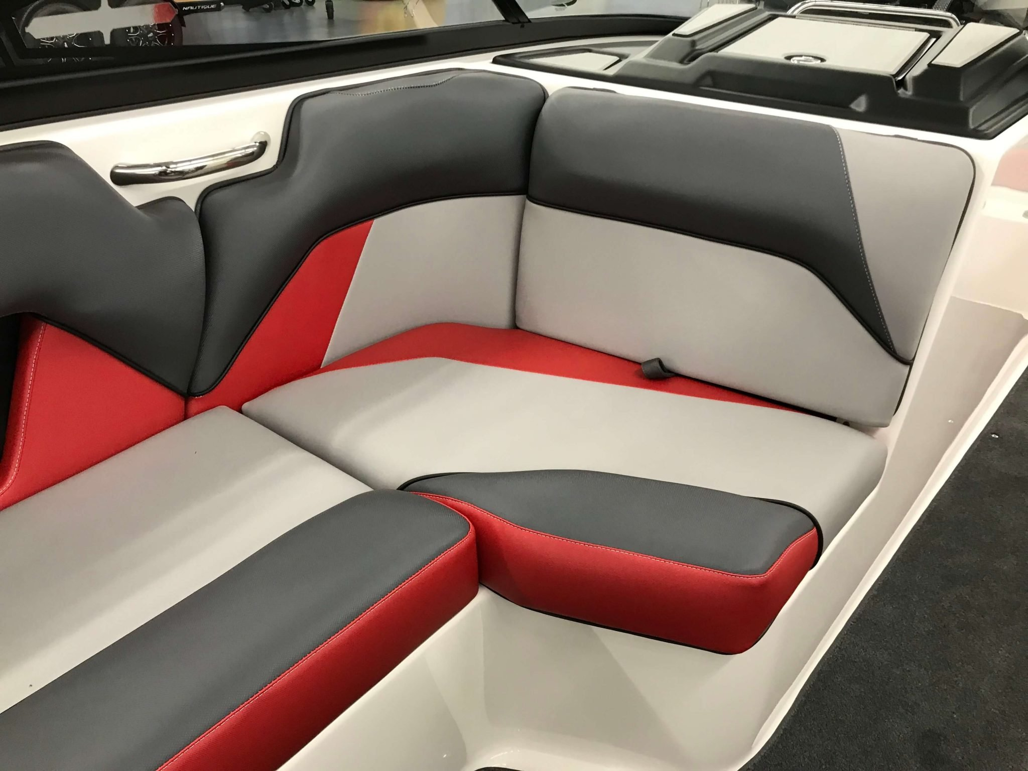 2019 Moomba Mondo Interior Seating 3