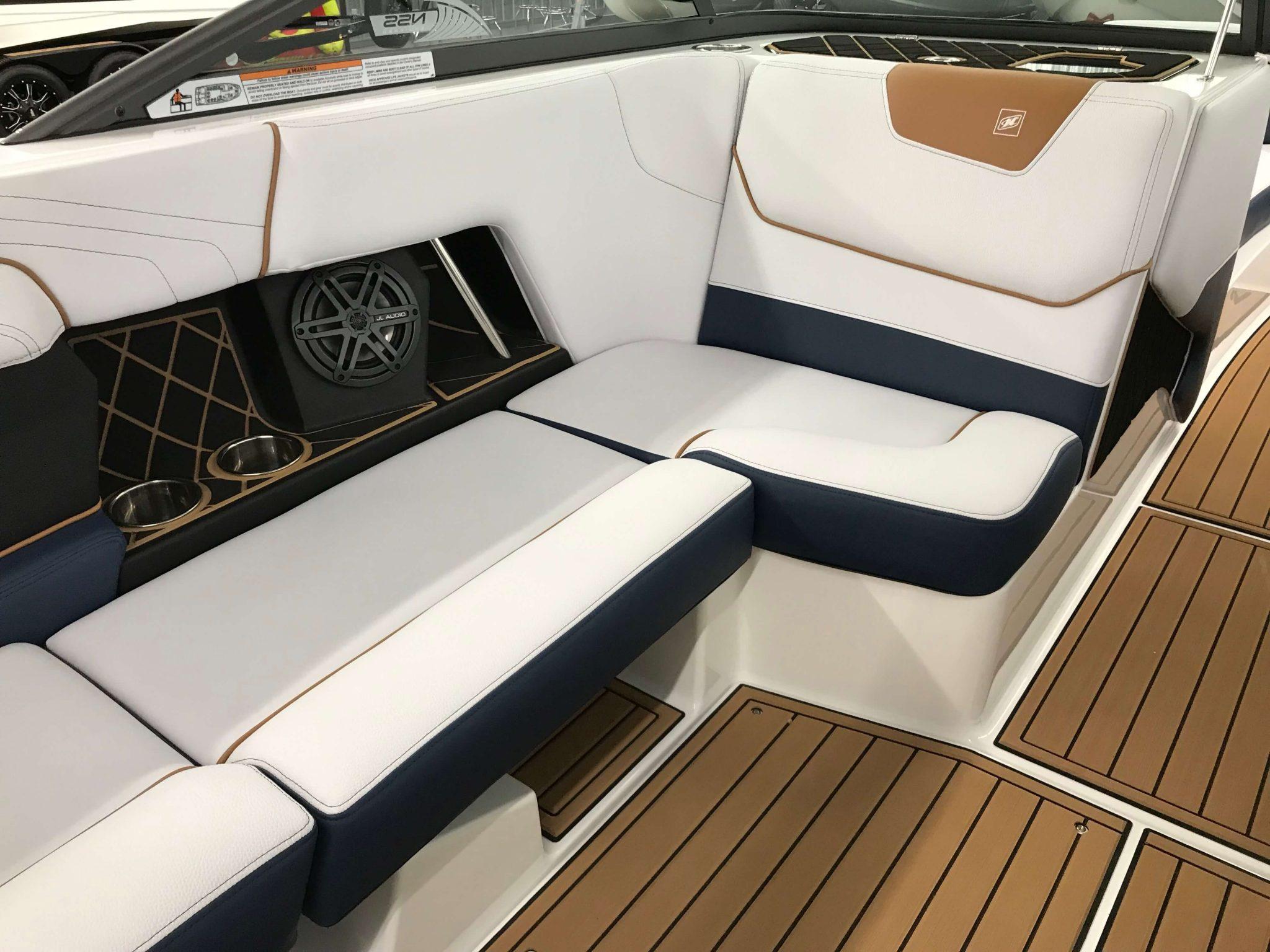 2019 Nautique GS22 Observer Seat 1