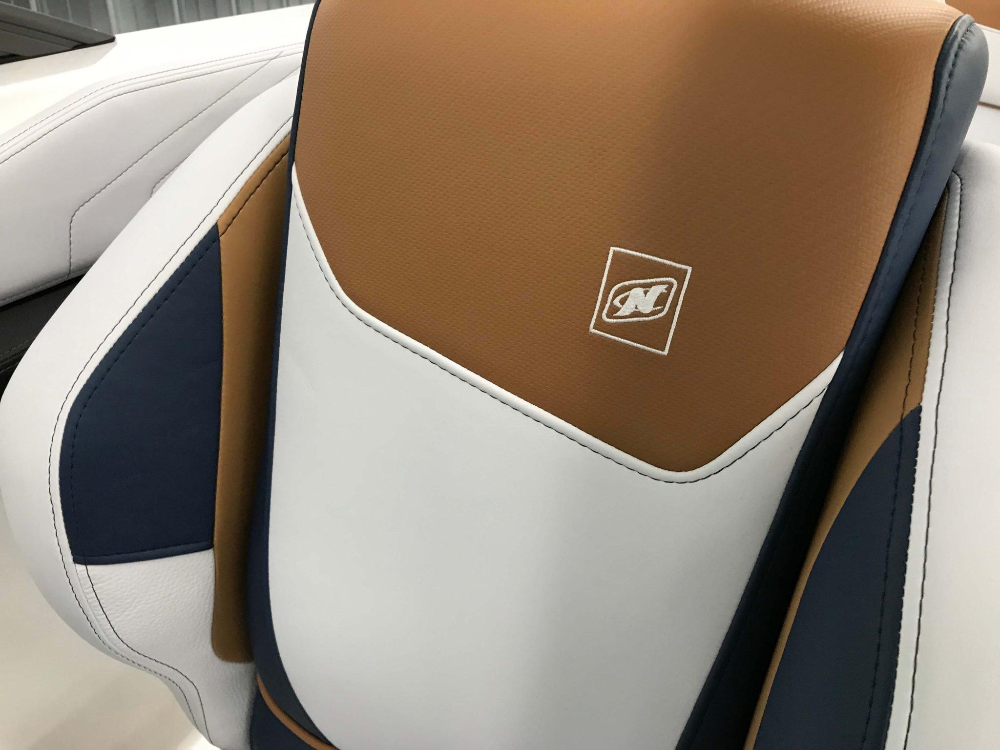 2019 Nautique GS22 Drivers Helm Chair 3