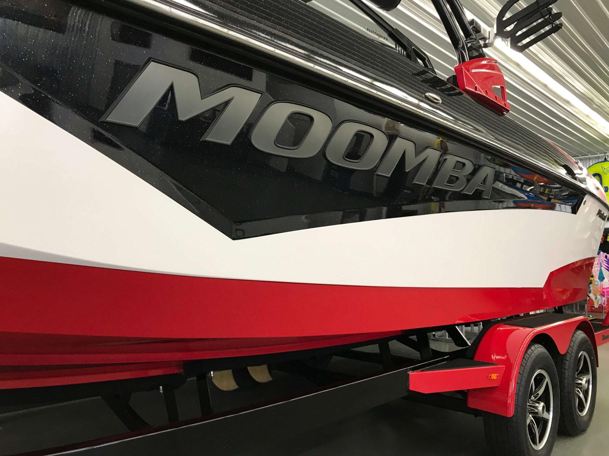 2019 Moomba Makai Premium Logo