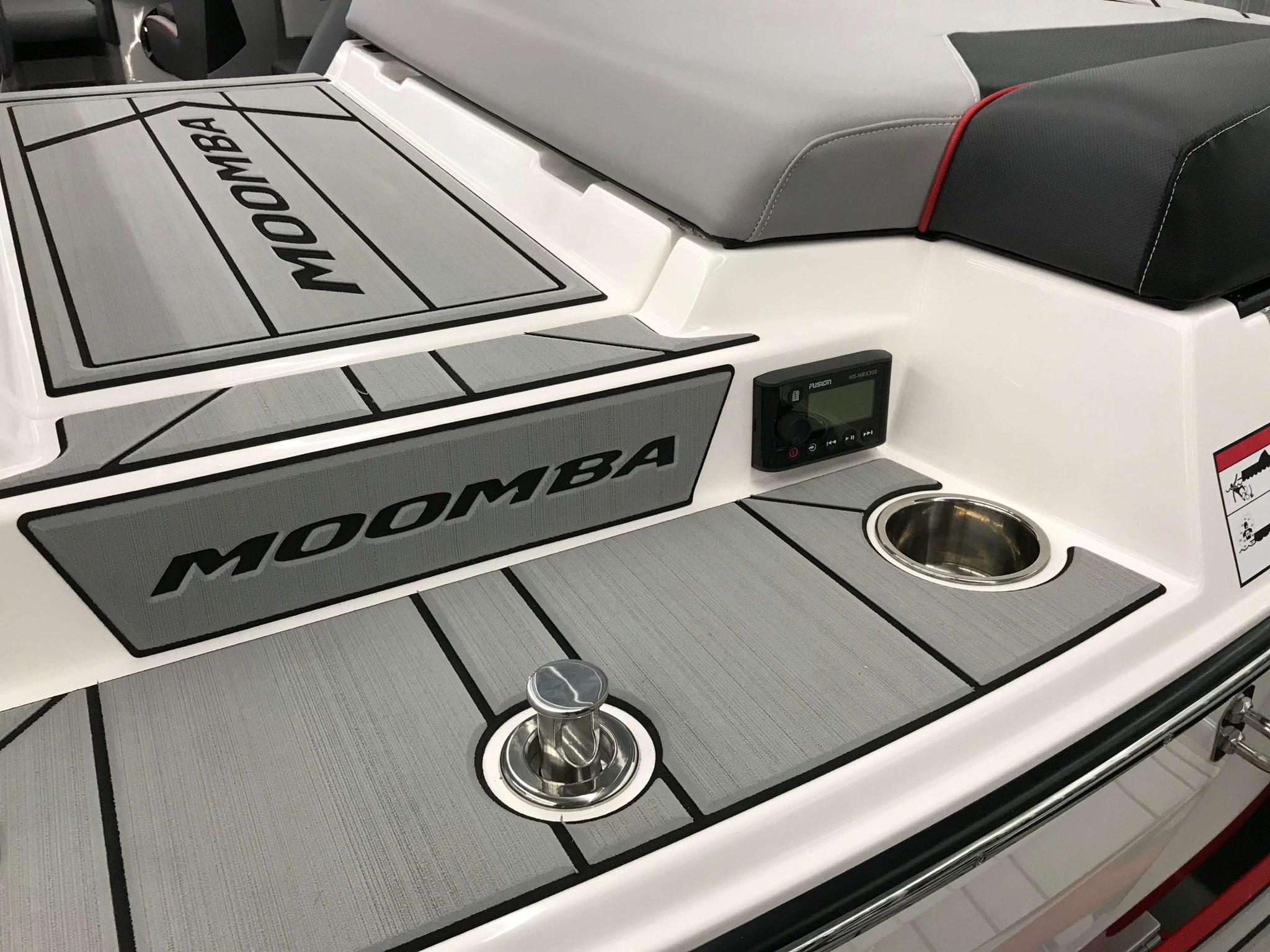 2019 Moomba Makai Ski Pylon Stereo Remote
