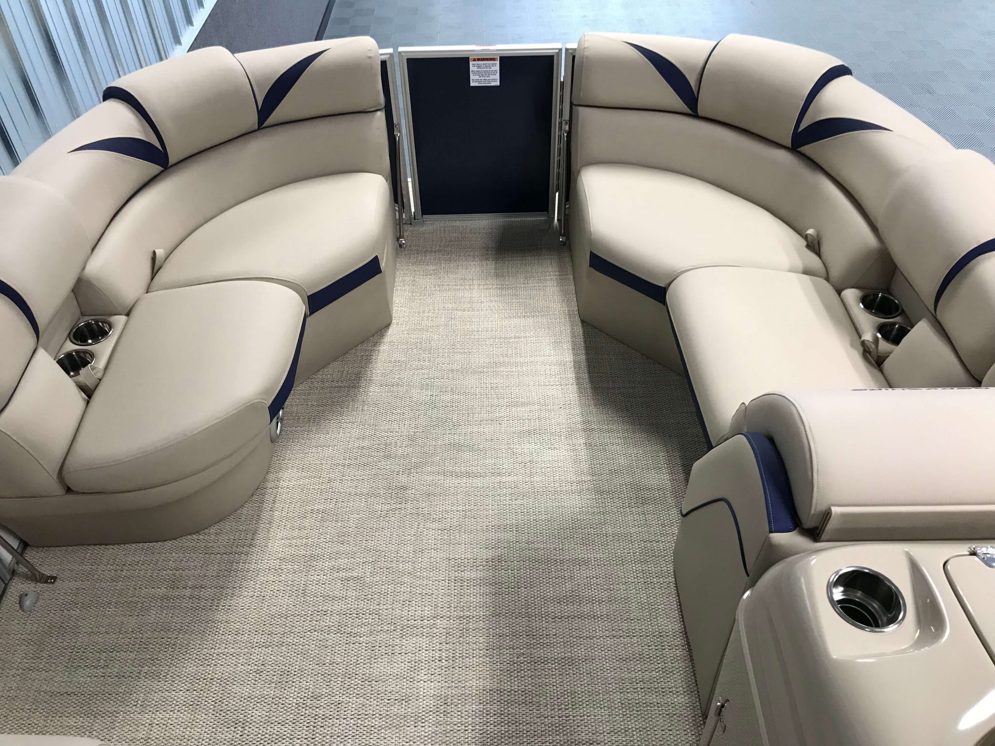2019 Berkshire 23RFC2 STS Deluxe Pontoon Interior Bow Seating 1