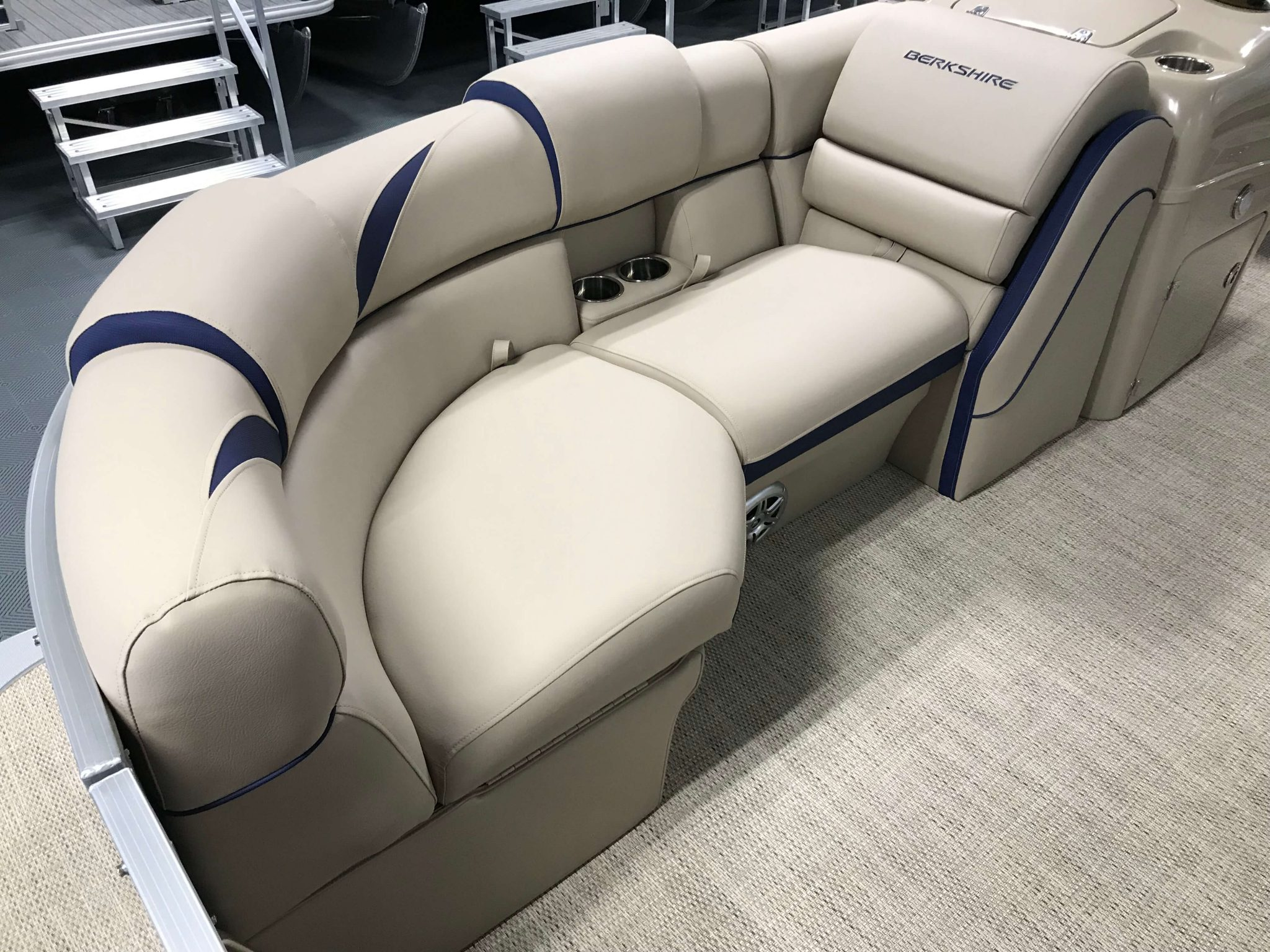 2019 Berkshire 23RFC2 STS Deluxe Pontoon Interior Bow Seating 2