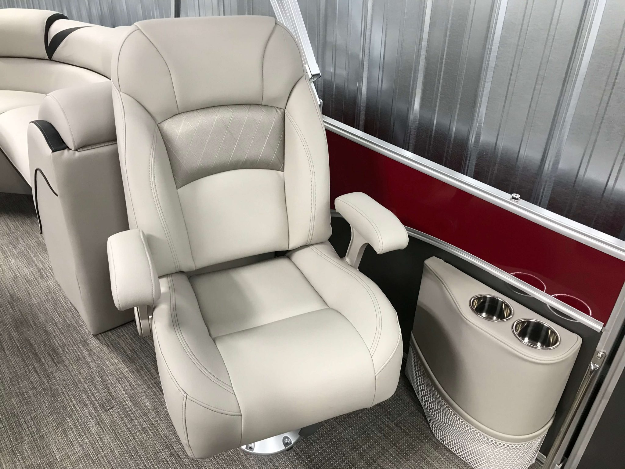 2019 Berkshire 23RFX STS Deluxe High Back Port Side Chair