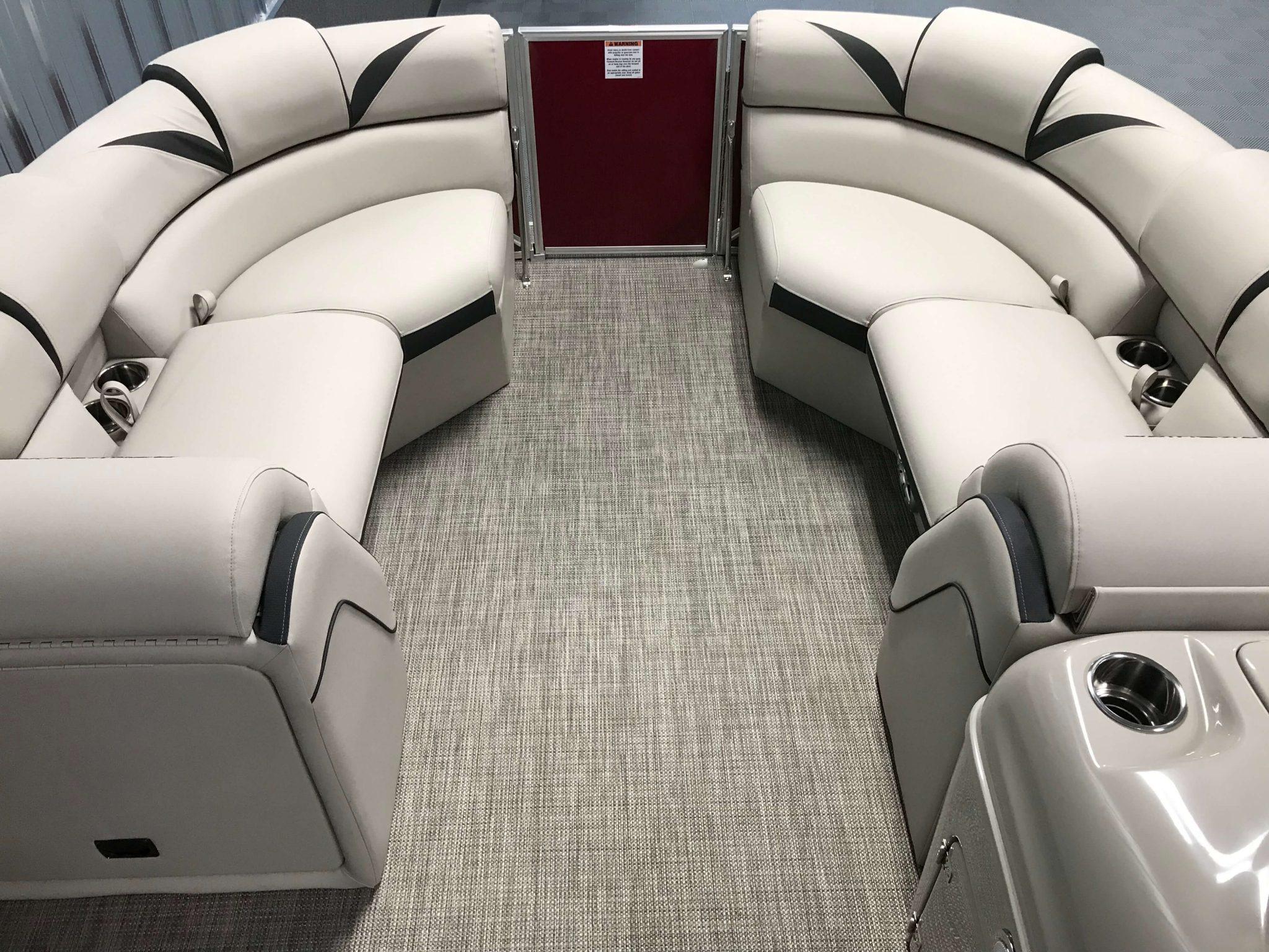 2019 Berkshire 23RFX STS Deluxe Interior Cockpit Layout 4