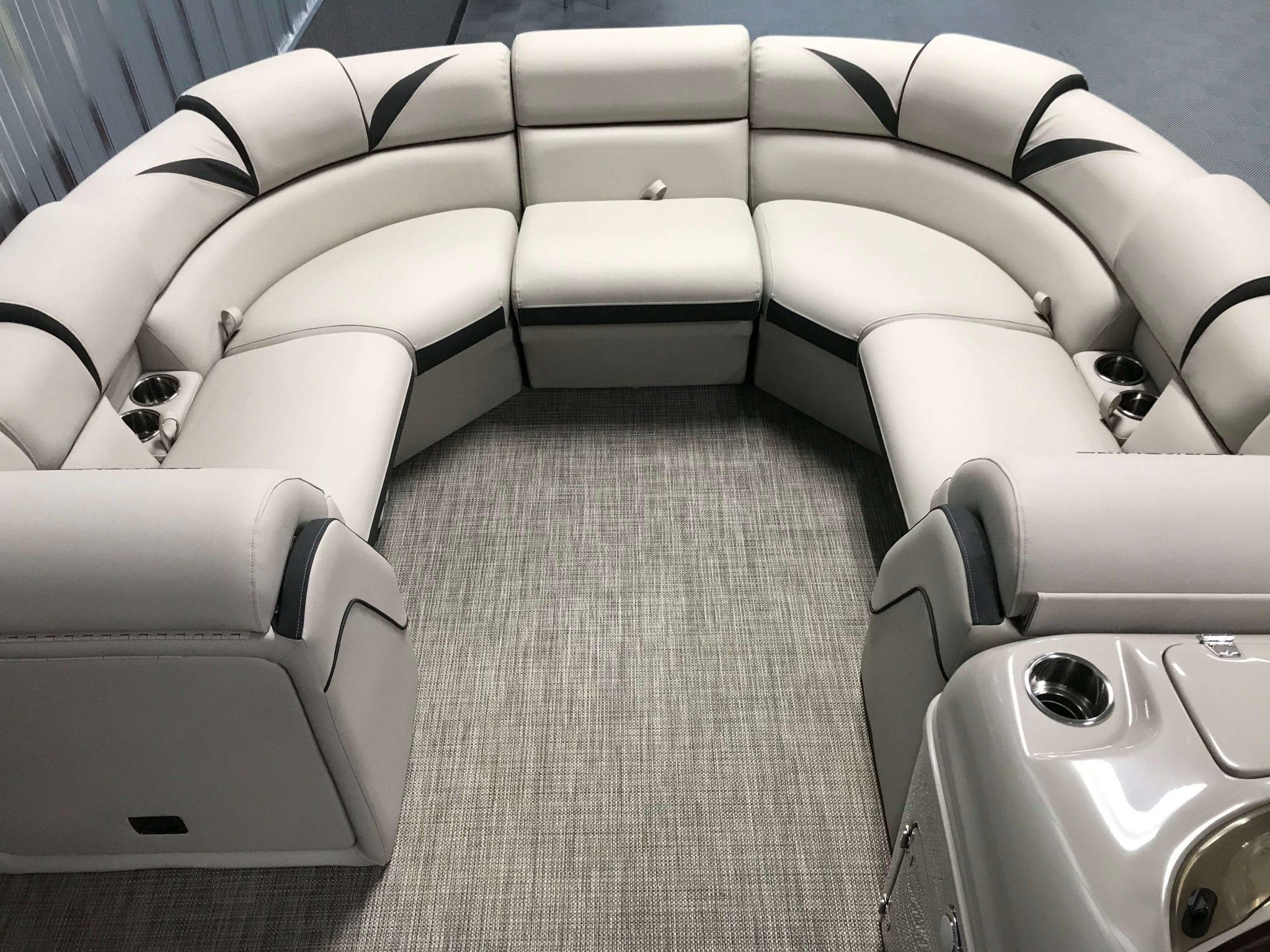 2019 Berkshire 23RFX STS Deluxe Interior Cockpit Layout 5