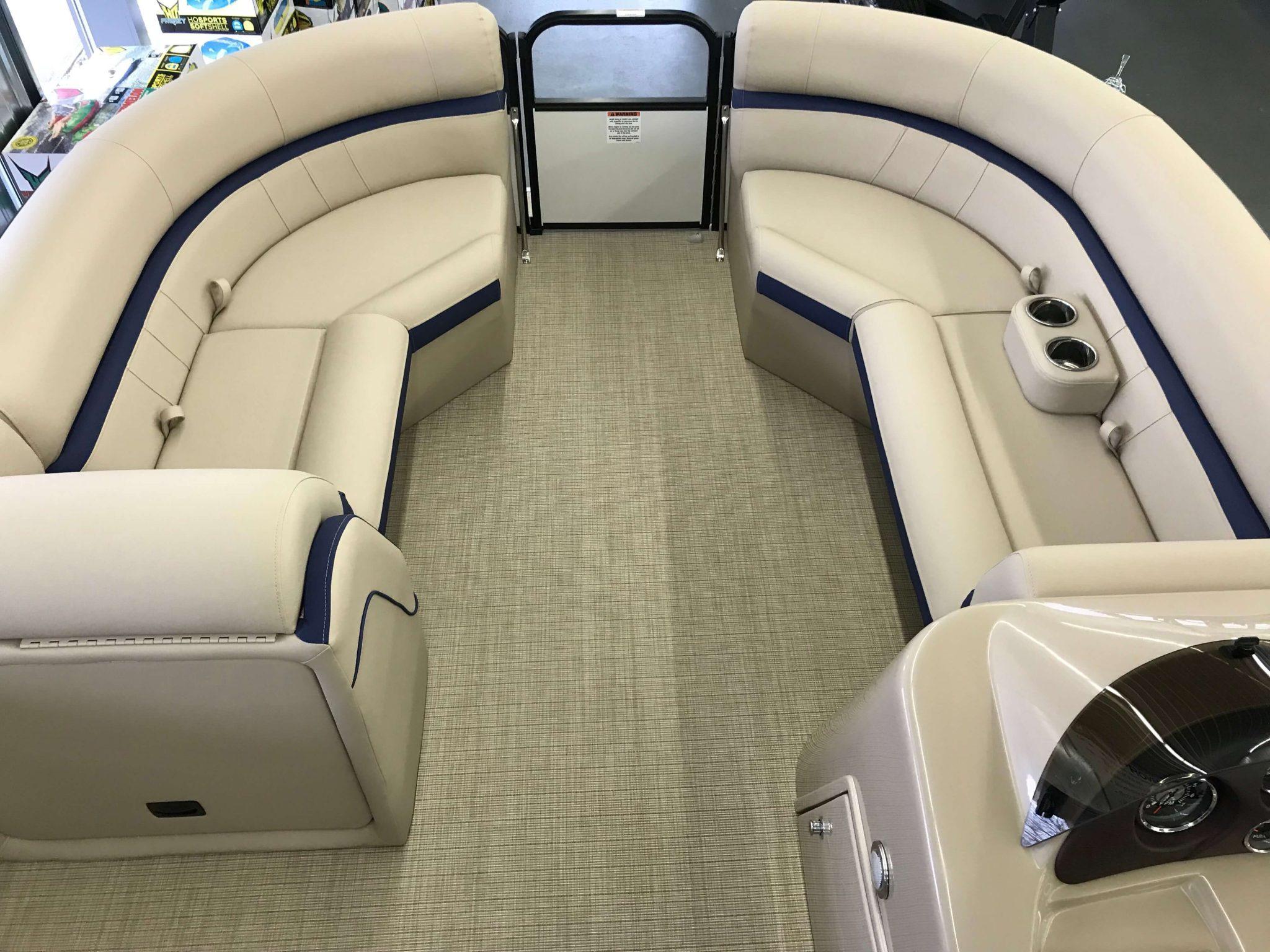 2019 Berkshire 24RFX CTS 3.0 Tritoon Interior Bow Seating 1