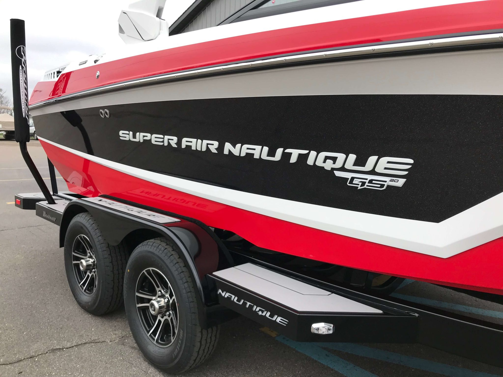 2019 Nautique GS20 Victory Red 4