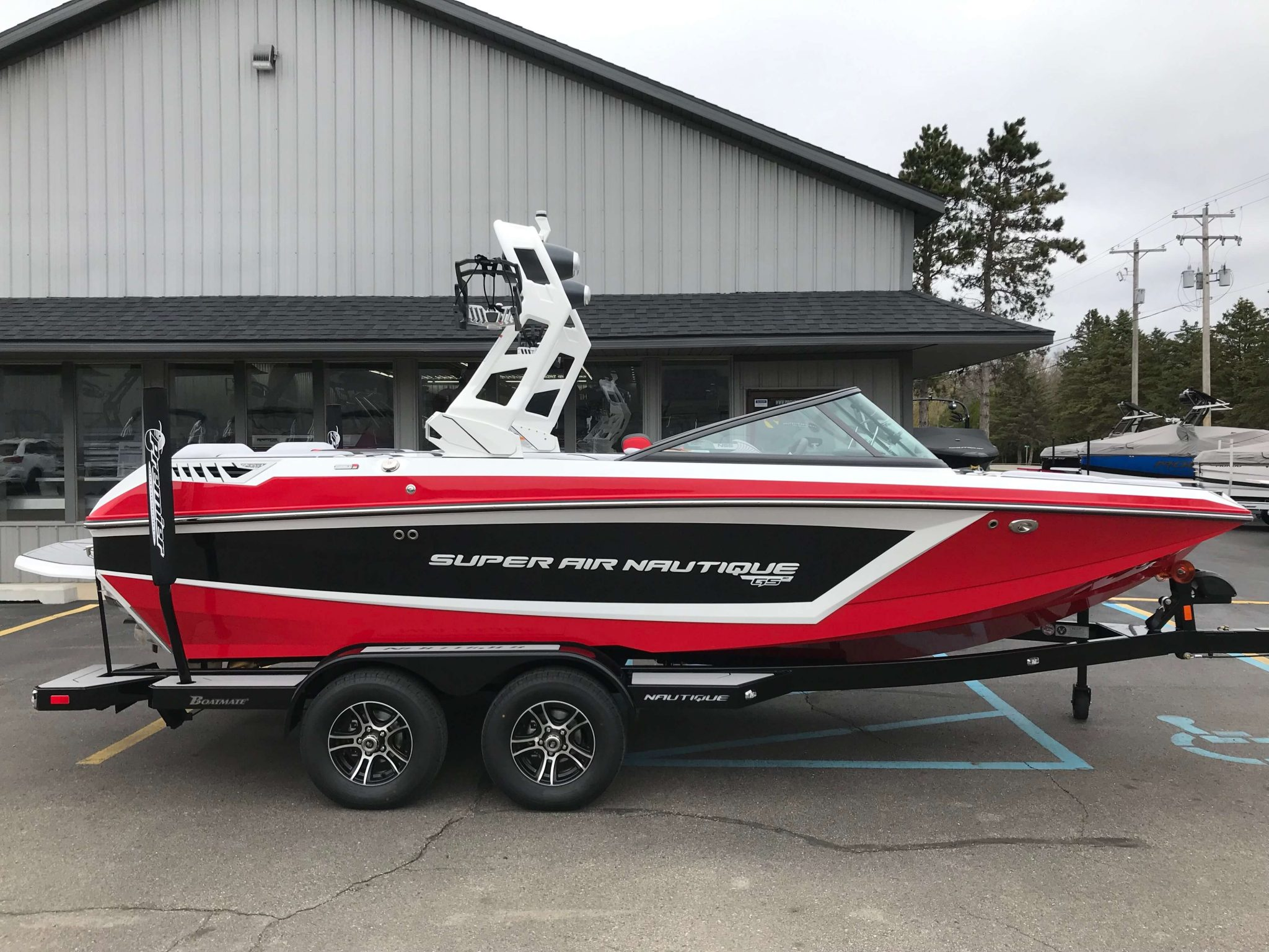 2019 Nautique GS20 Victory Red 6