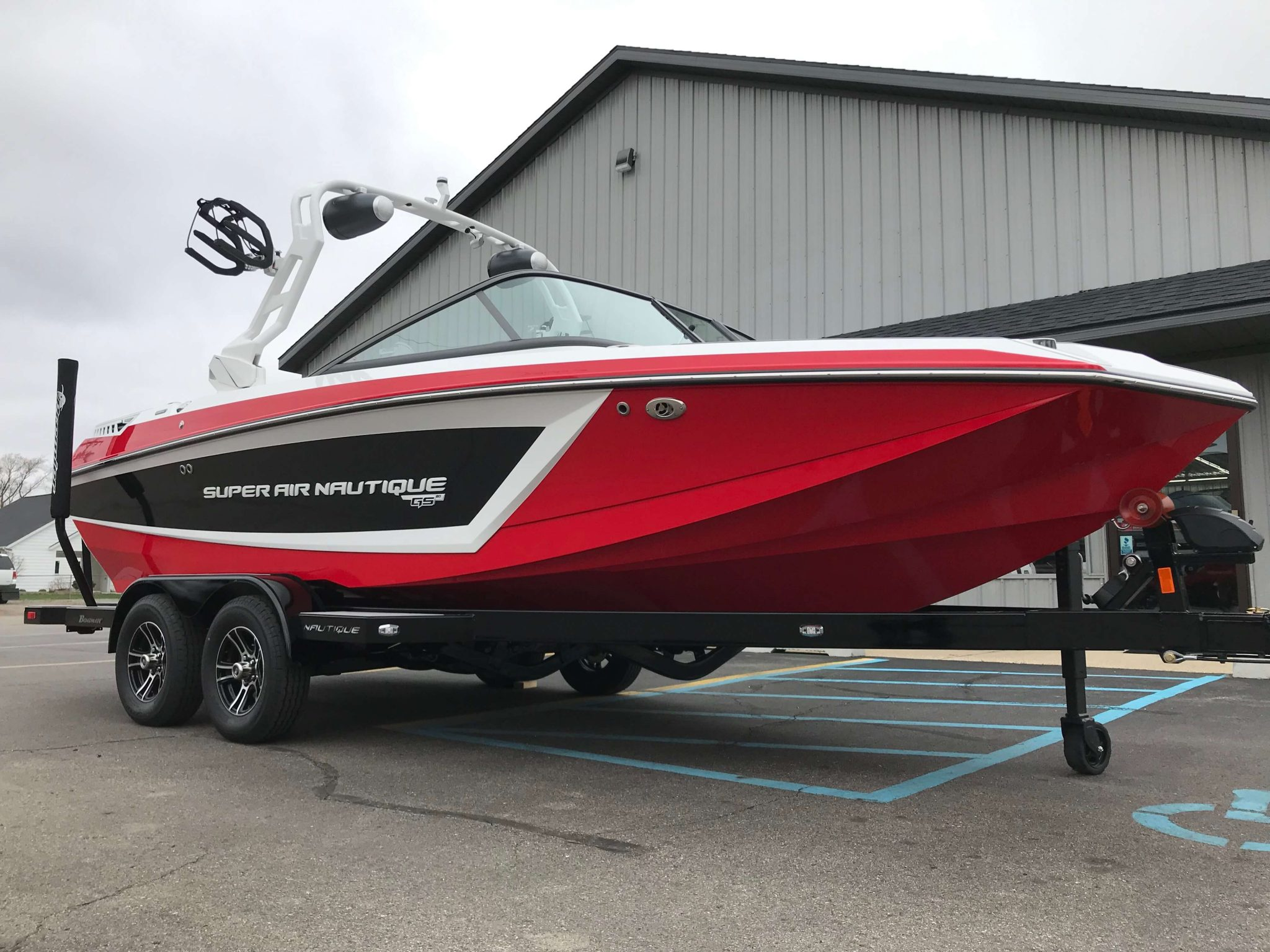 2019 Nautique GS20 Victory Red 7