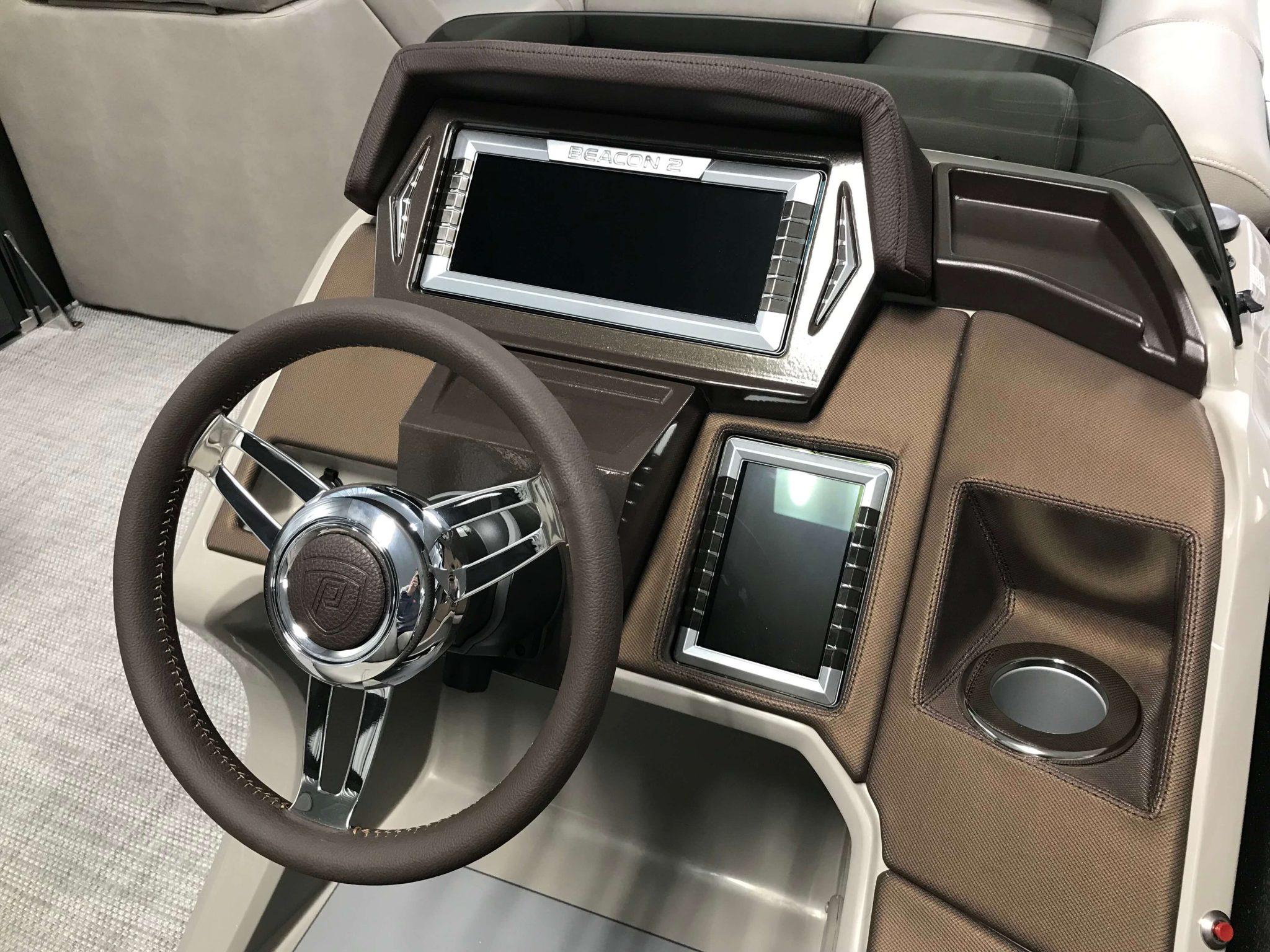 2019 Premier 250 Grand Majestic RF Tritoon Dash