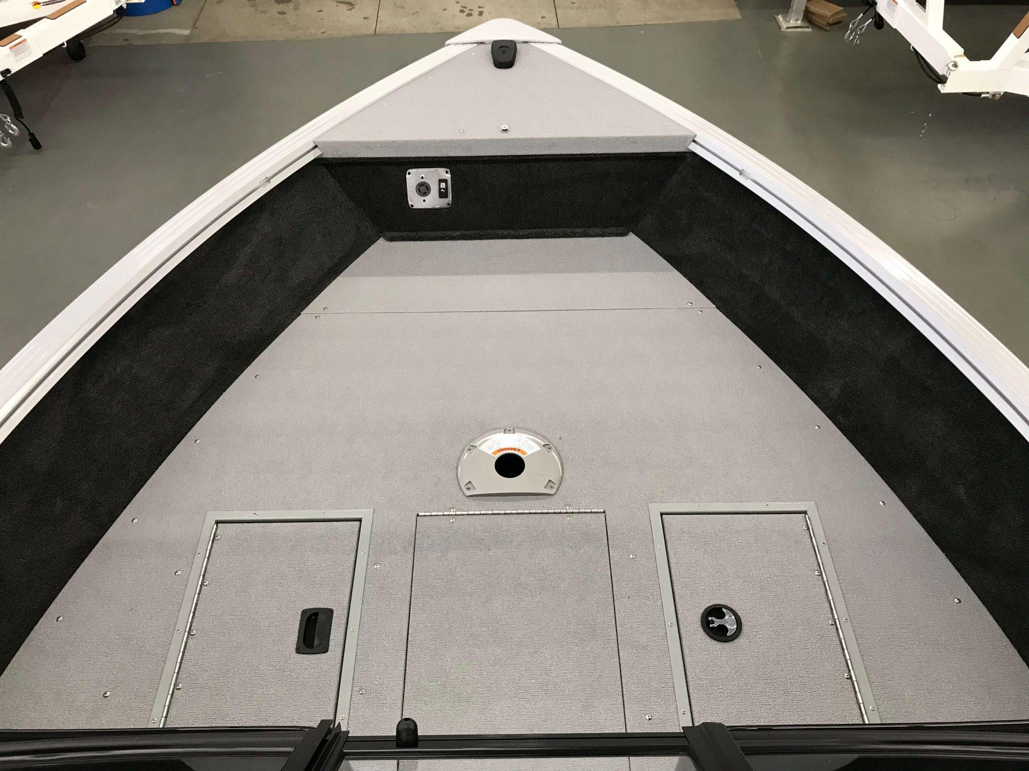 2019 Smoker Craft 182 Pro Angler XL Bow