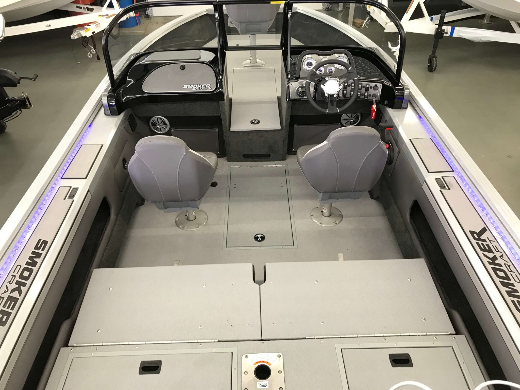 2019 Smoker Craft 182 Pro Angler XL Interior Cockpit Layout