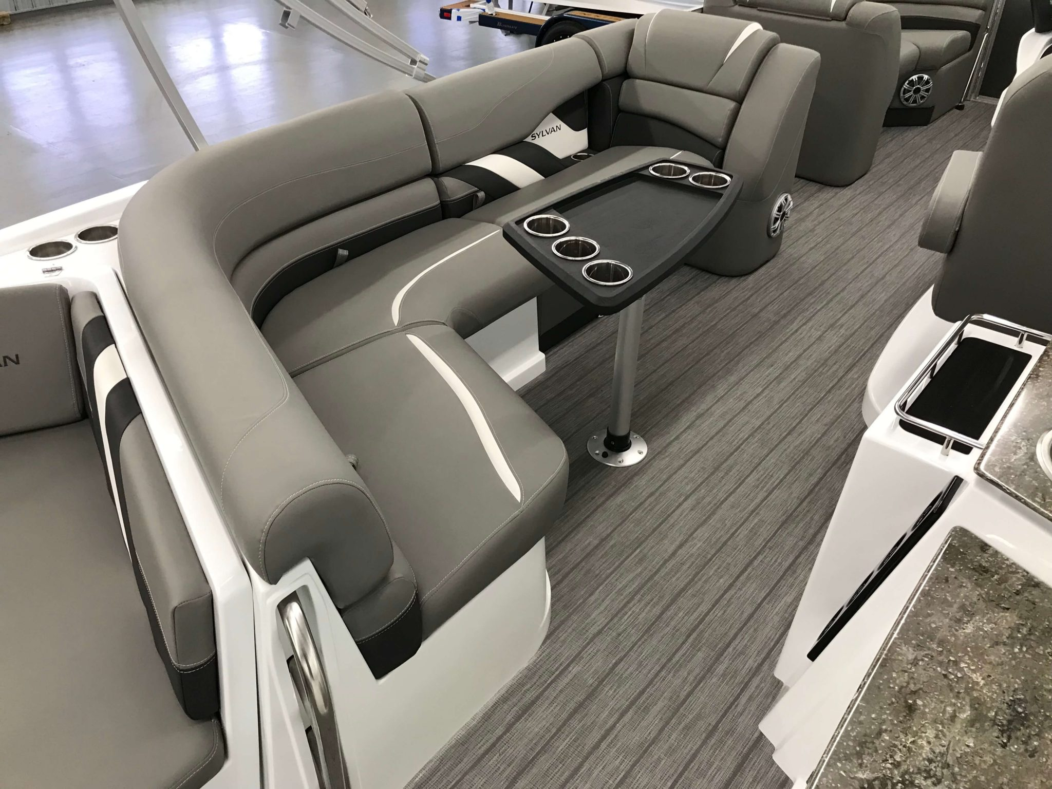 2019 Sylvan S3 Cruise Tritoon Cruise Seating Layout