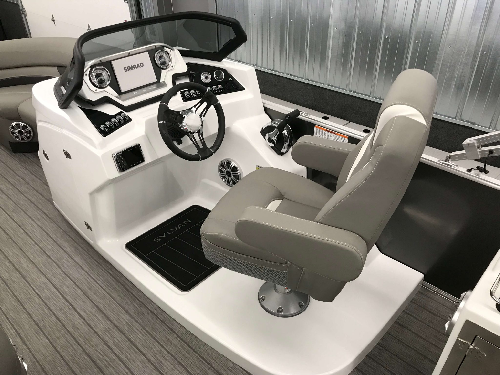 2019 Sylvan S3 Cruise Tritoon Helm And Captains Chair