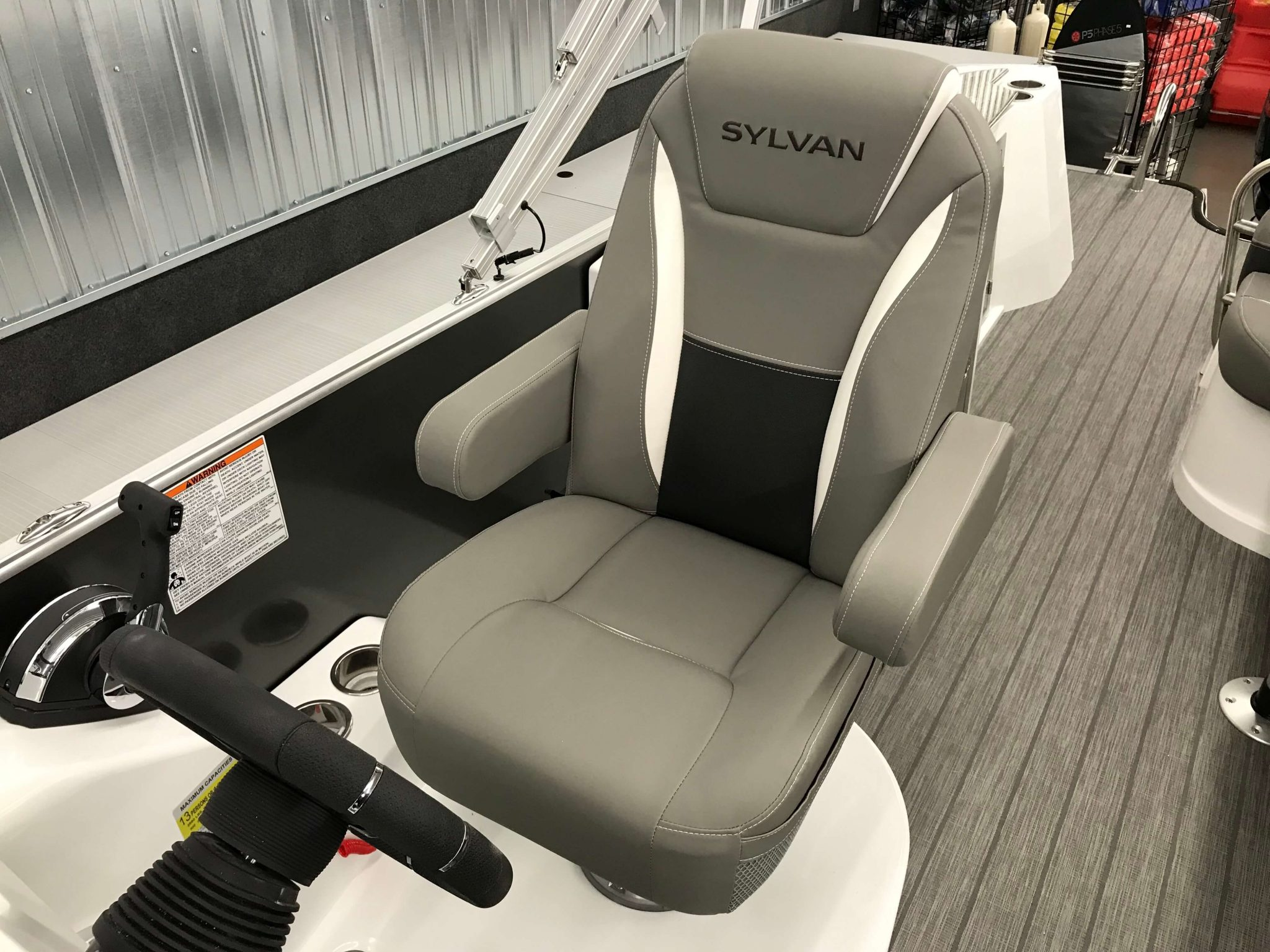 2019 Sylvan S3 Cruise Tritoon High Back Captains Helm Chair