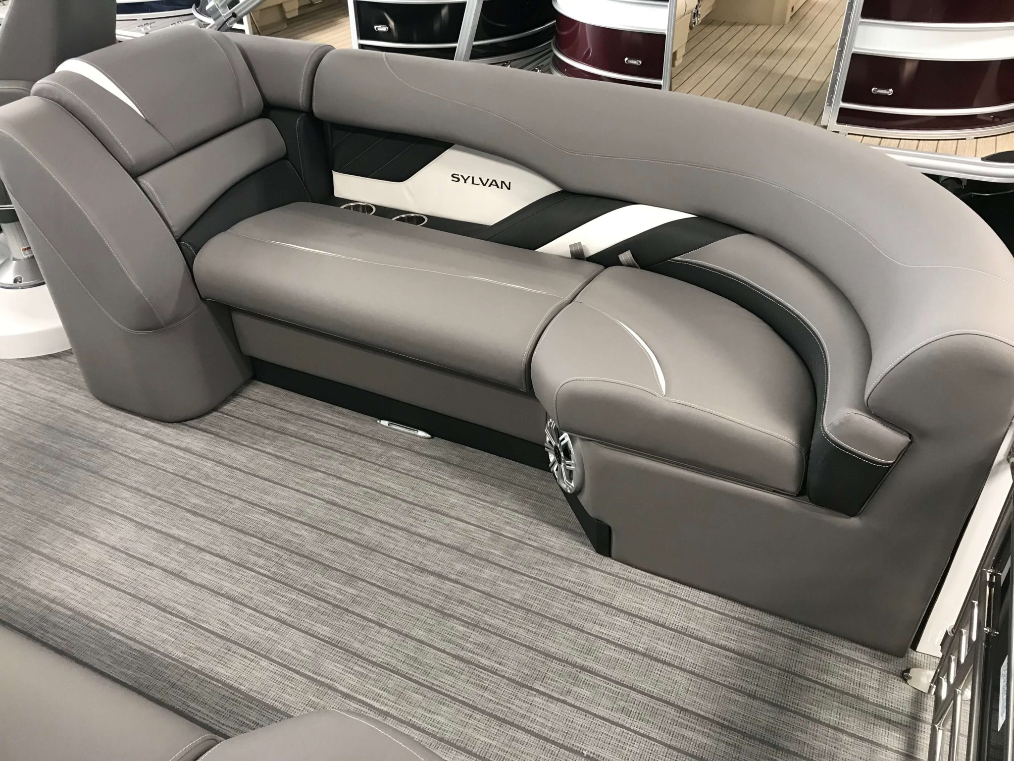 2019 Sylvan S3 LZ Tritoon Interior Seating 2