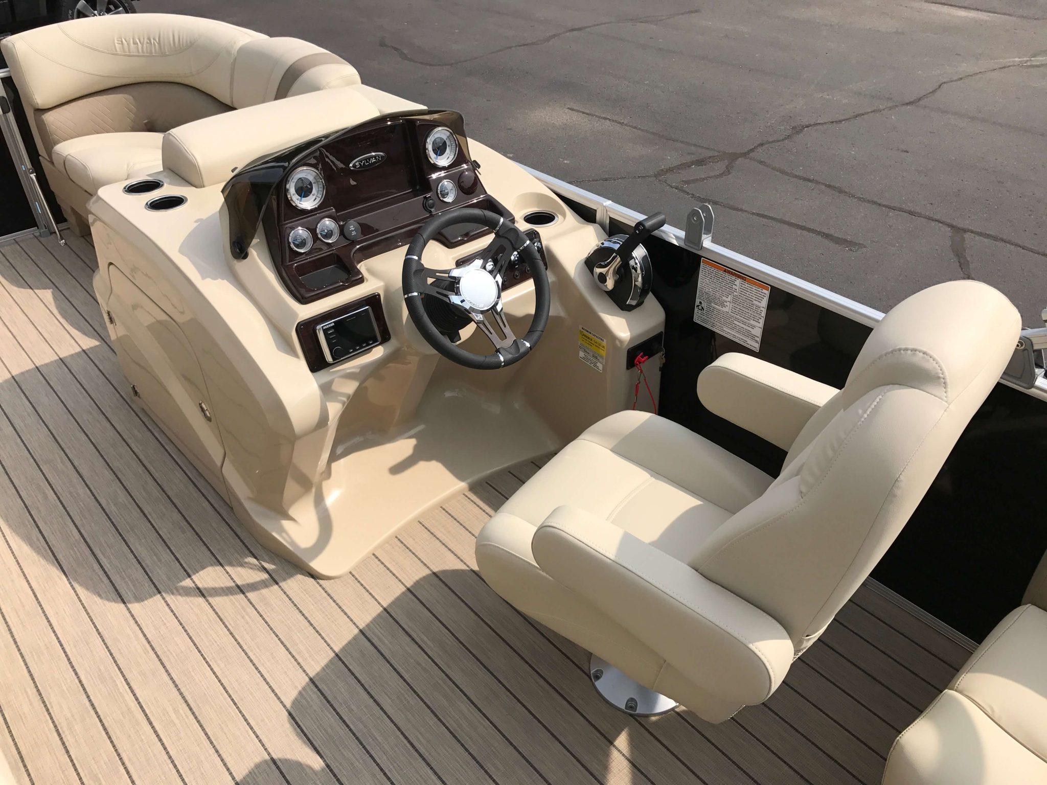 2019 Sylvan 8520 LZ LE Helm And Captains Chair