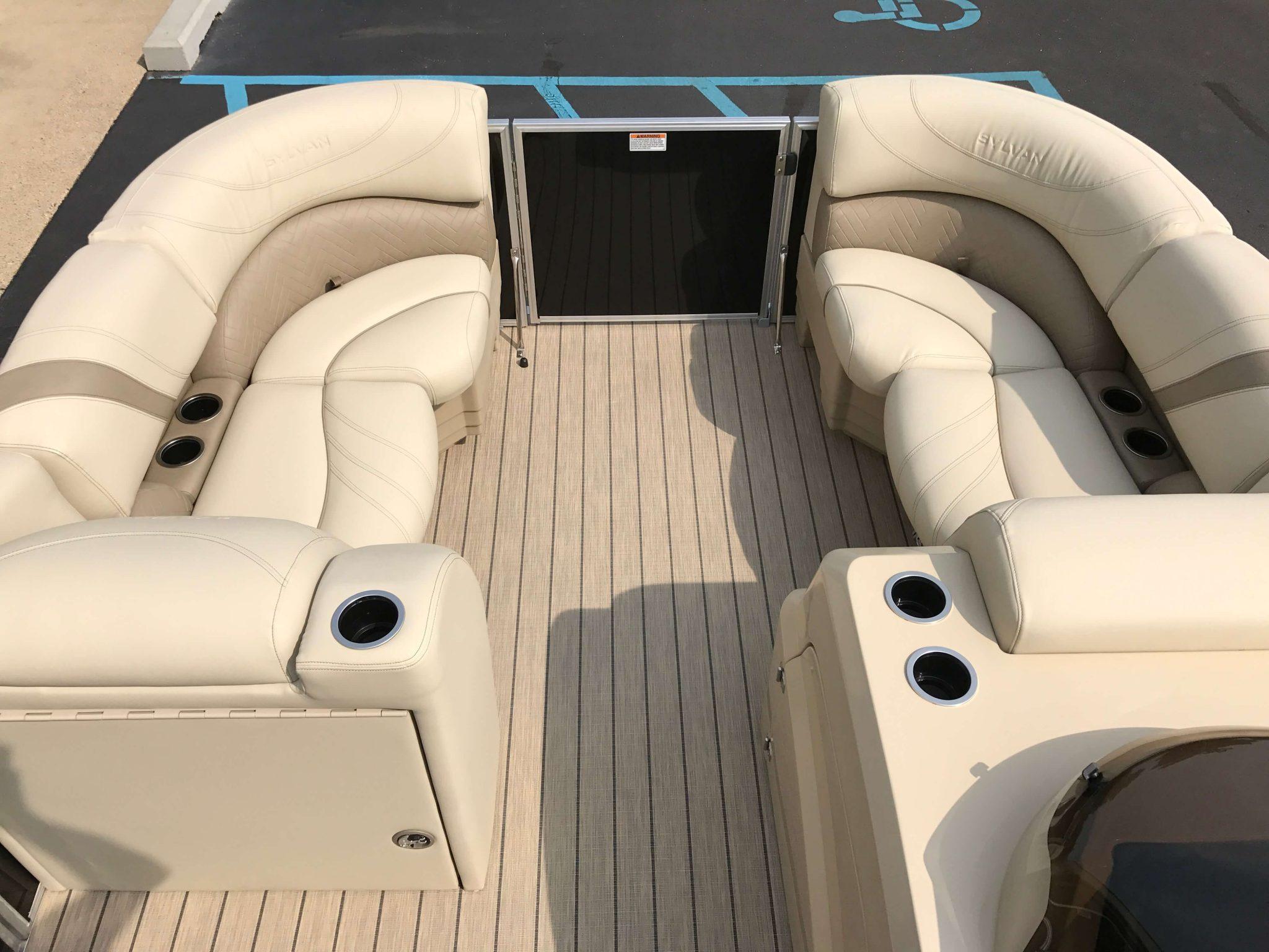 2019 Sylvan 8520 LZ LE Interior Cockpit Layout 3