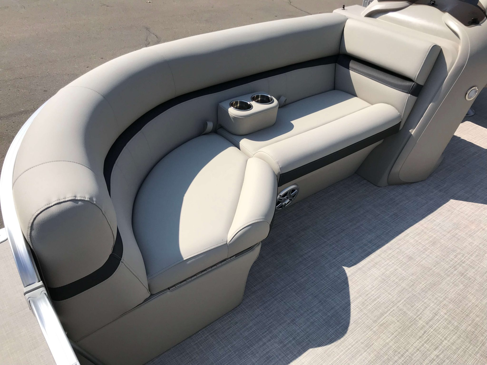 2019 Berkshire 20CL CTS Seating 3