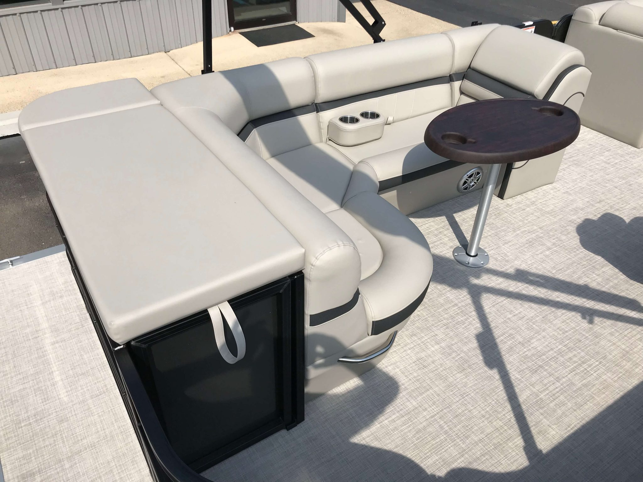 2019 Berkshire 22CL CTS Black Charcoal Seating 1