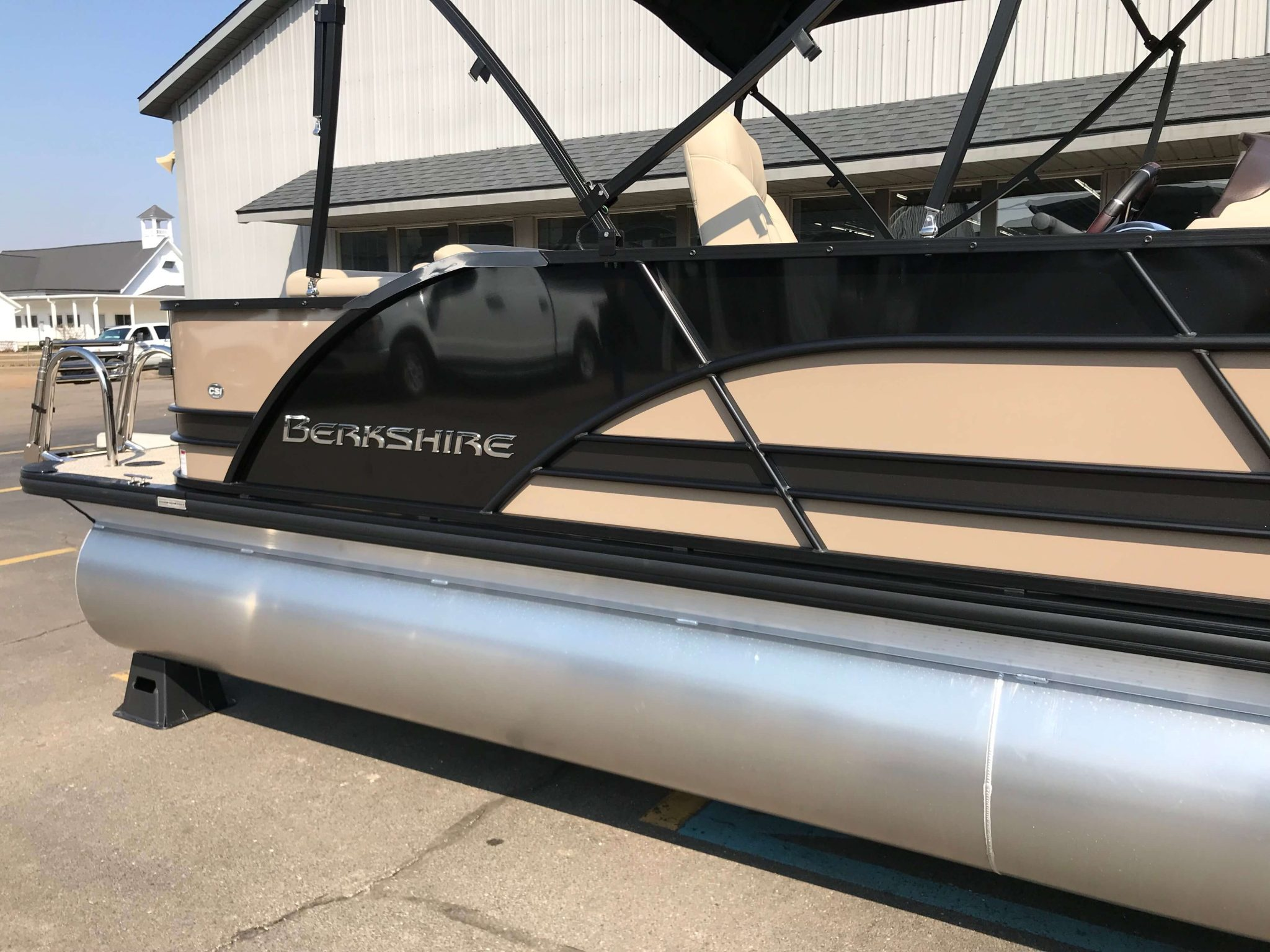 2019 Berkshire 23CL STS Bronze 7