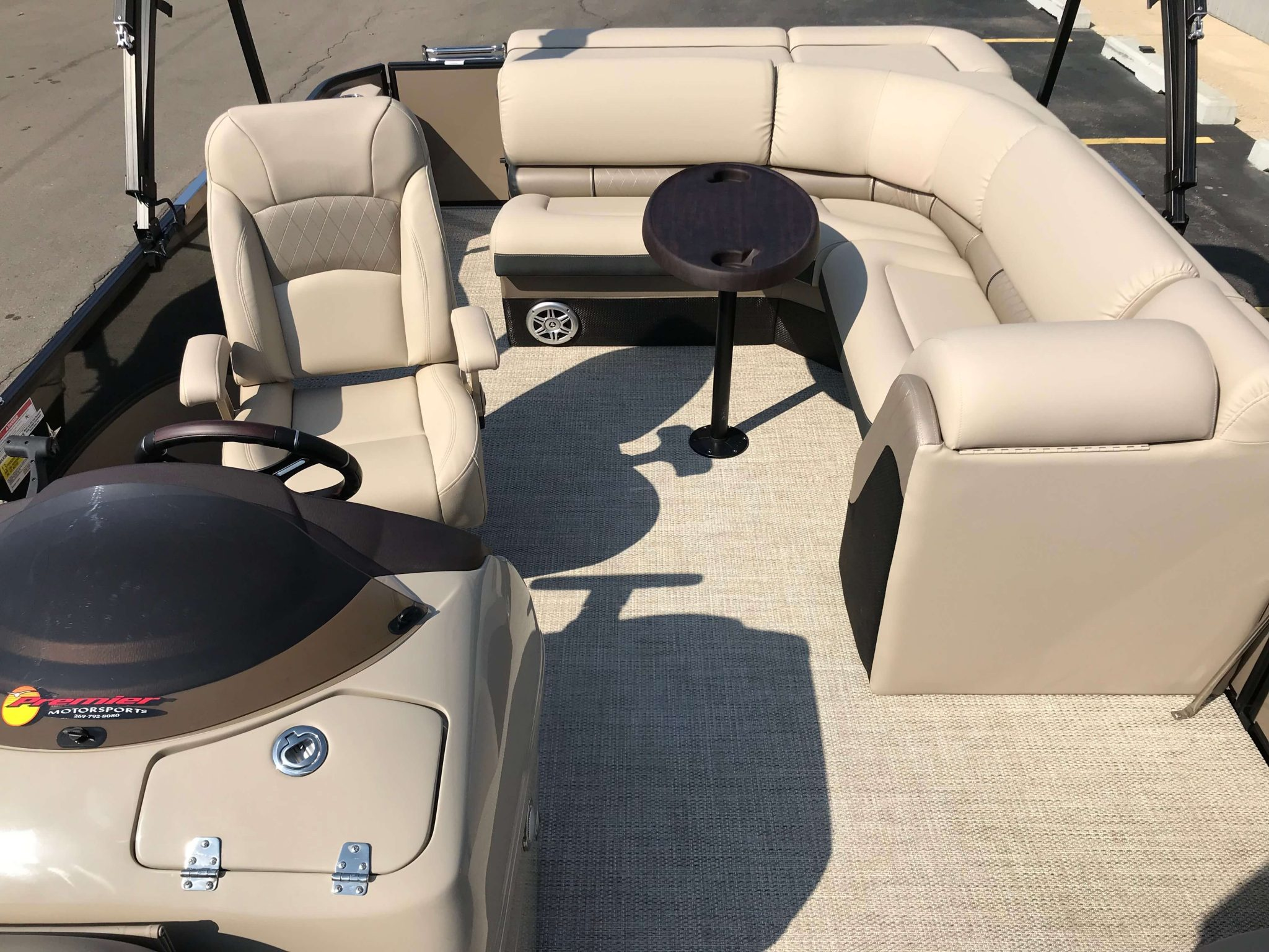 2019 Berkshire 23CL STS Layout 2