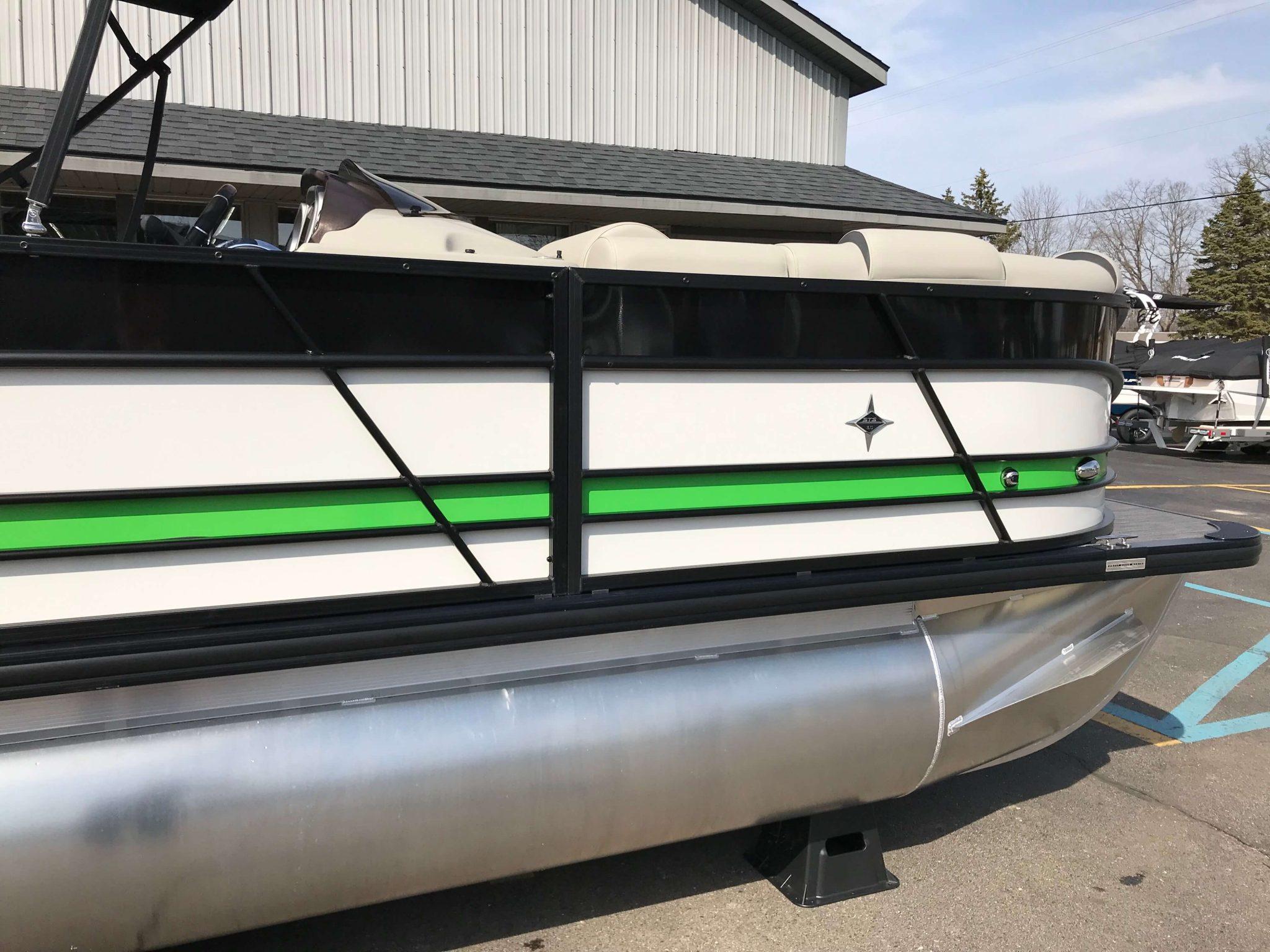 2019 Berkshire 23RFX STS Black Green White 4