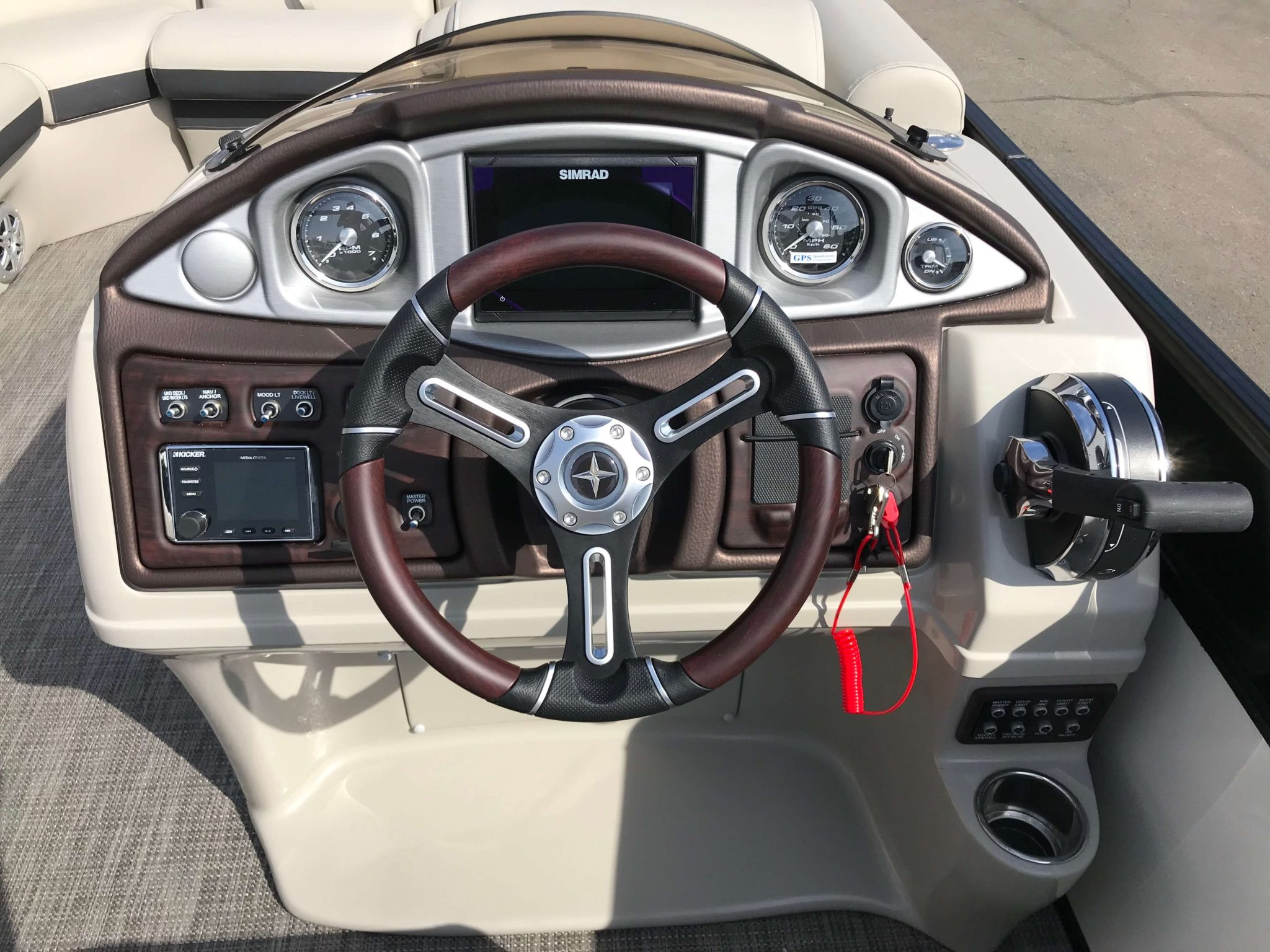 2019 Berkshire 23RFX STS Helm And Dash
